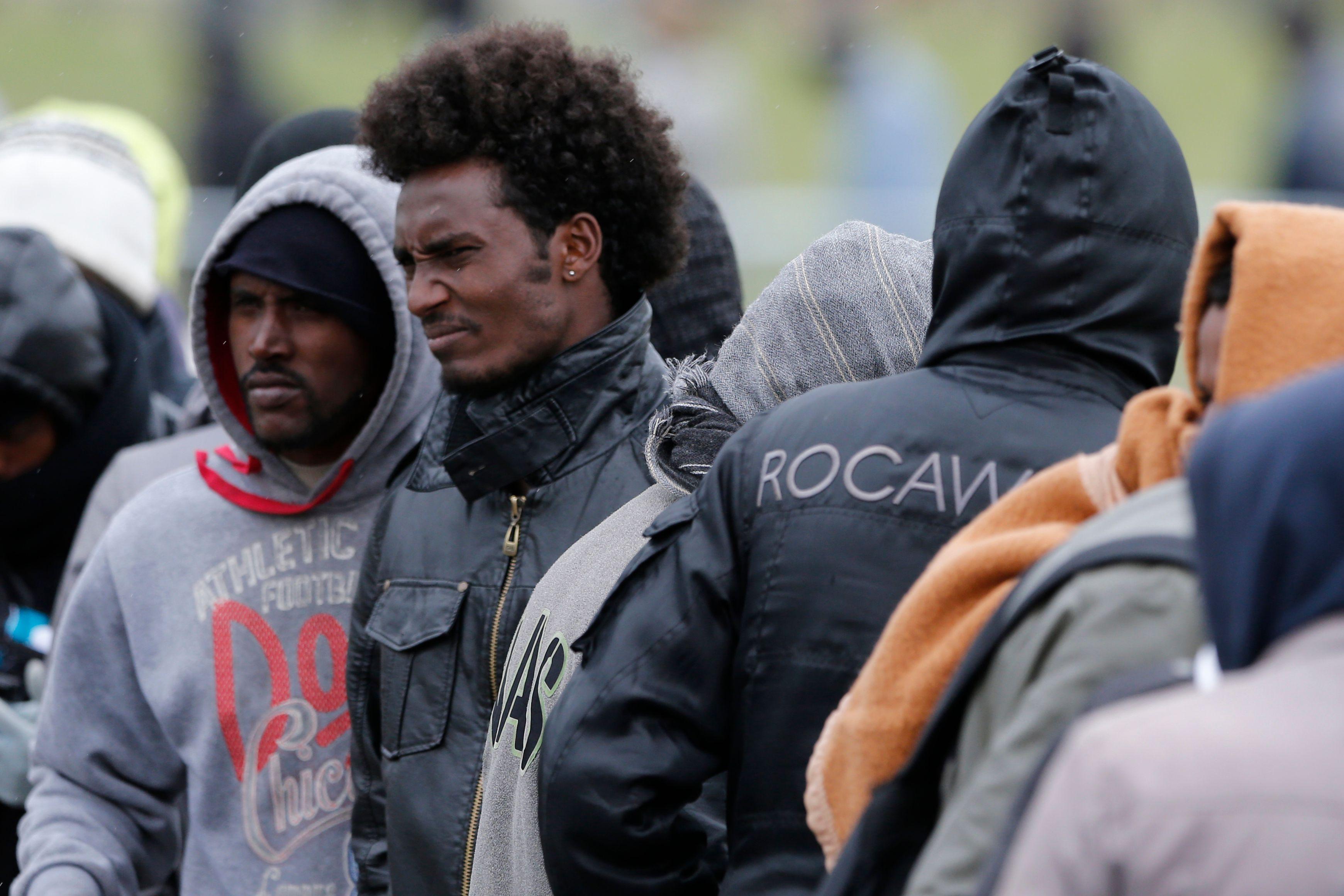 3 000 migrants originaires de Somalie, Syrie, Irak, Libye se trouvent aux alentours de Calais.