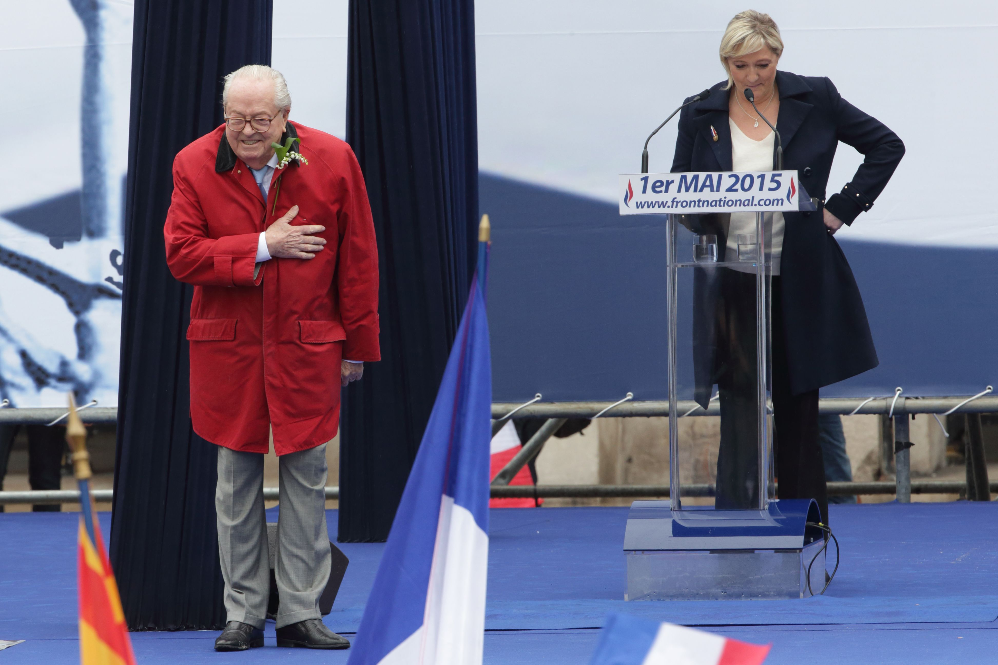 Jean-Marie Le Pen, fondateur du Front national, a été suspendu de son statut de membre.