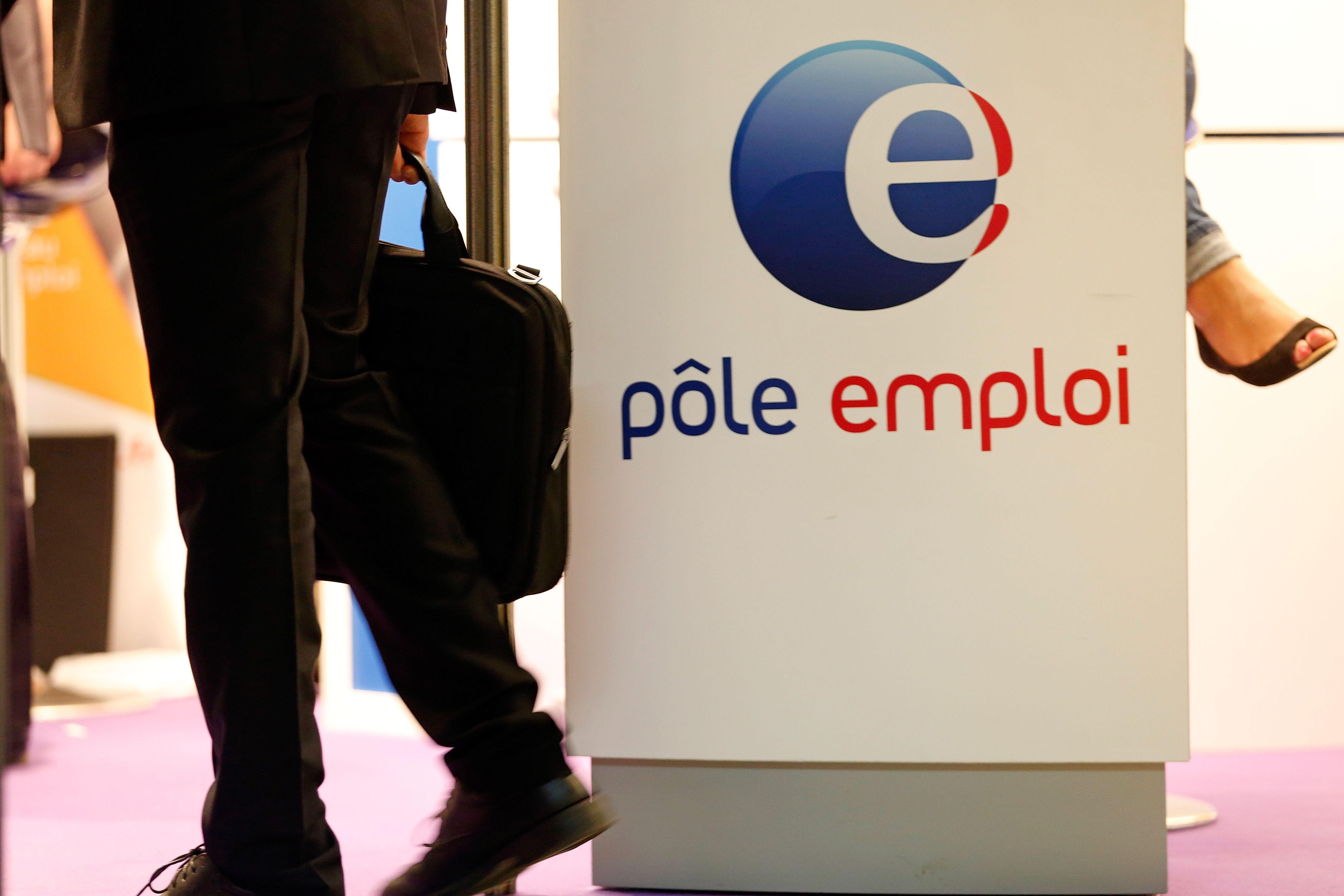 Le chômage augmente cependant de 2,7% dans les catégories B et C (51 300 personnes en plus).