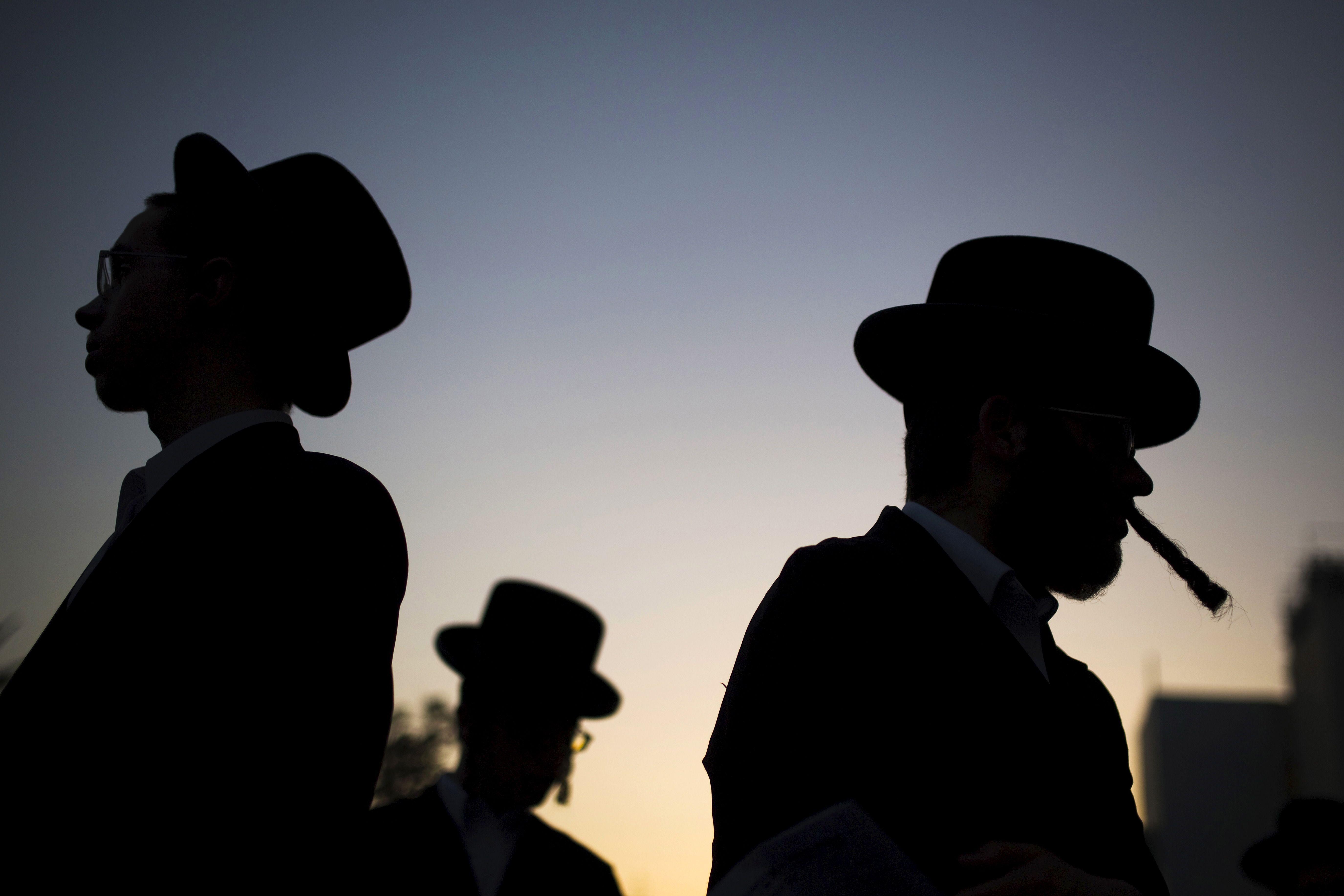 Juifs, ne partez pas! Nous ne souhaitons pas rester seuls avec les autres…