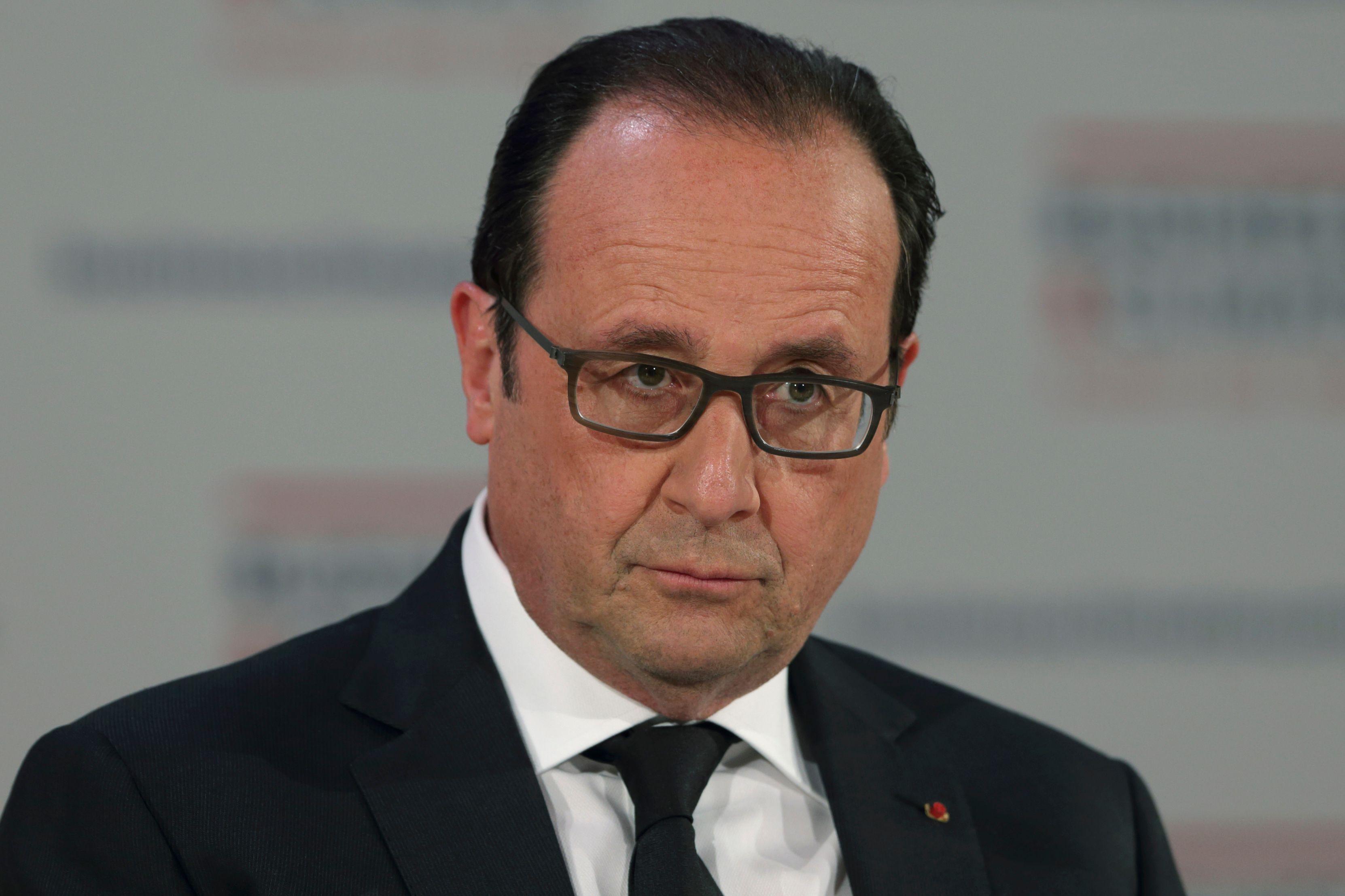 """""""Il est temps d'agir. Nous avons agi, nous allons agir"""" assure François Hollande."""