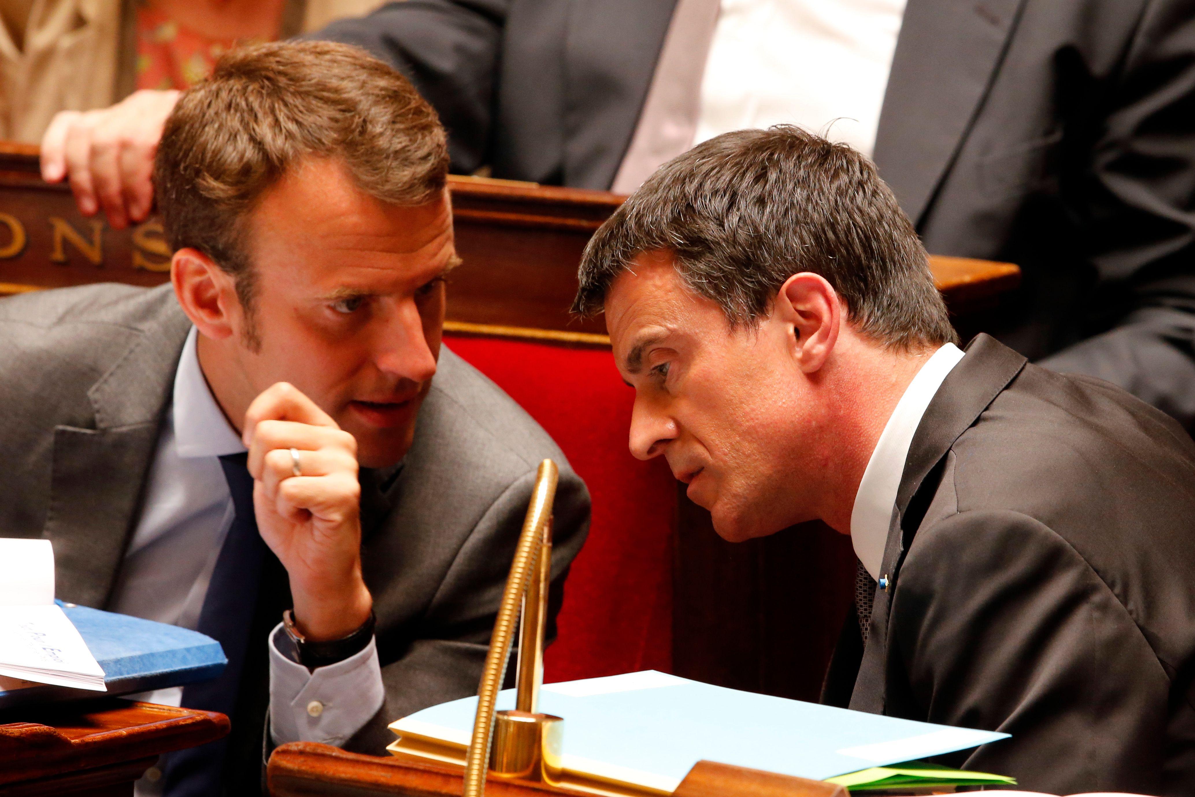 """""""La gauche, tu vois ce que ça veut dire, Macron?"""" : ce que révèle l'étrange procès en gauchologie de Valls au locataire de Bercy"""