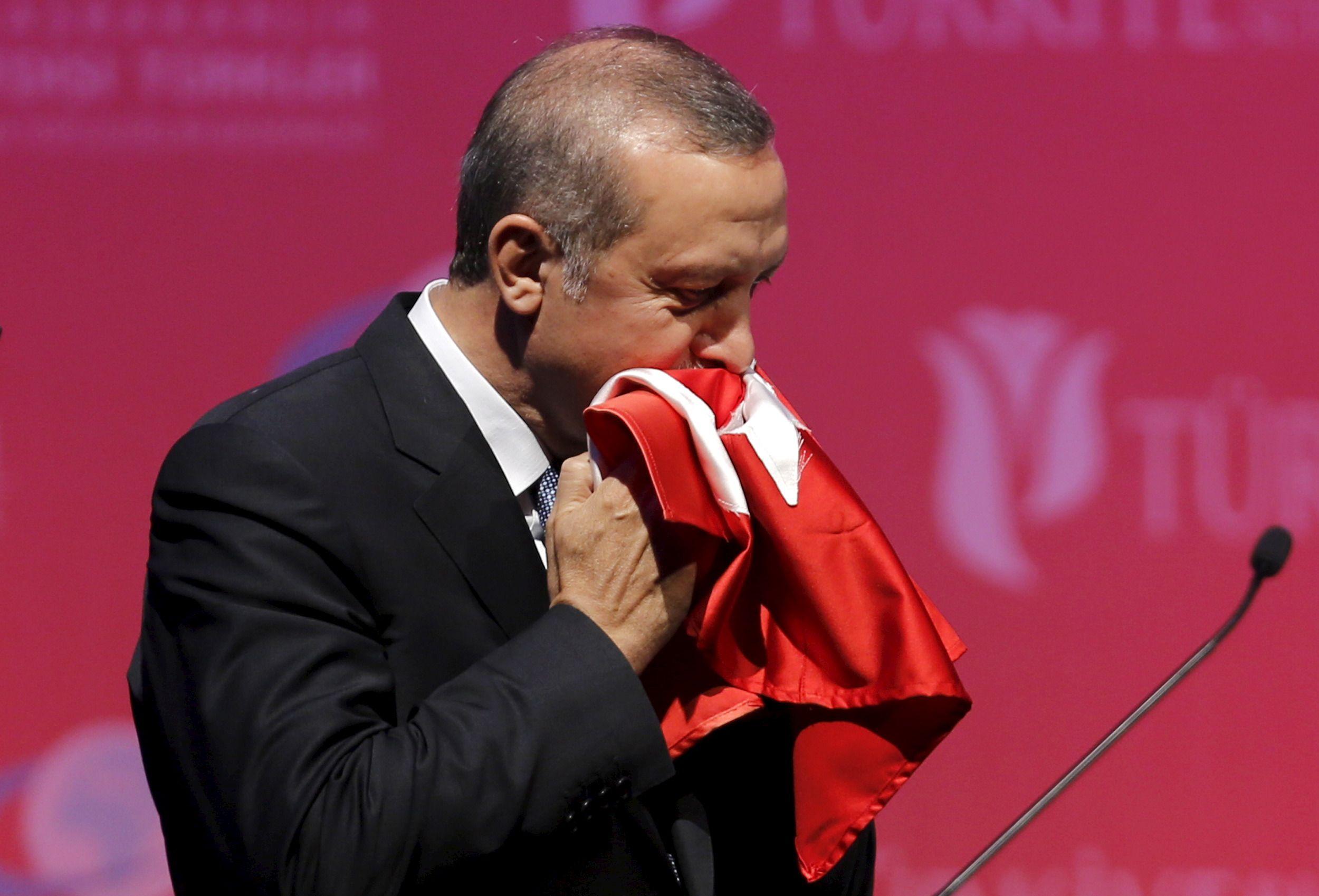 """""""Nous adoptons une approche mesurée face aux agissements émotionnels de la Russie"""" a déclaré le président Erdogan mardi 1er décembre."""