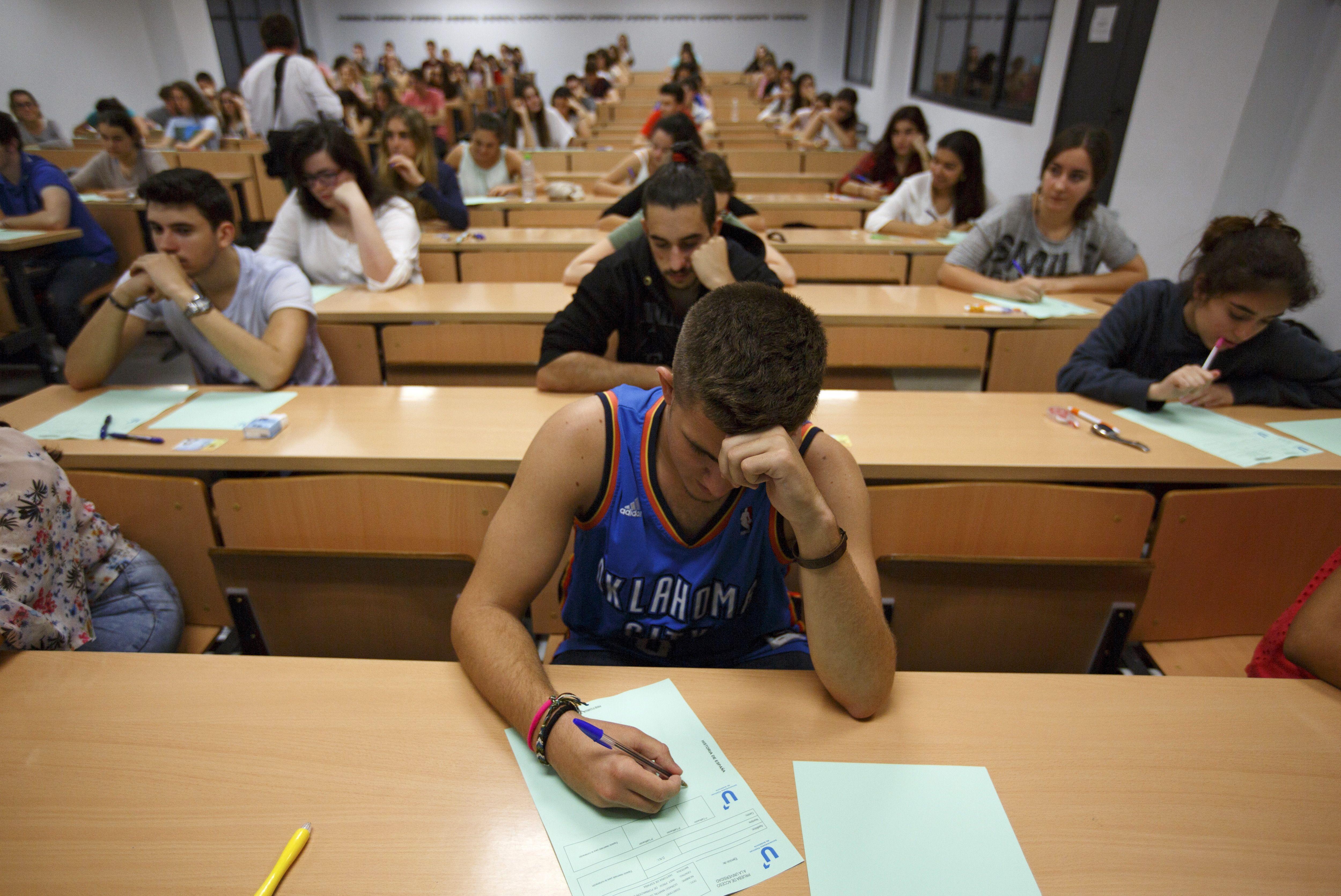 L'obtention d'un diplôme ne suffit pas toujours à enrayer les inégalités de revenus.
