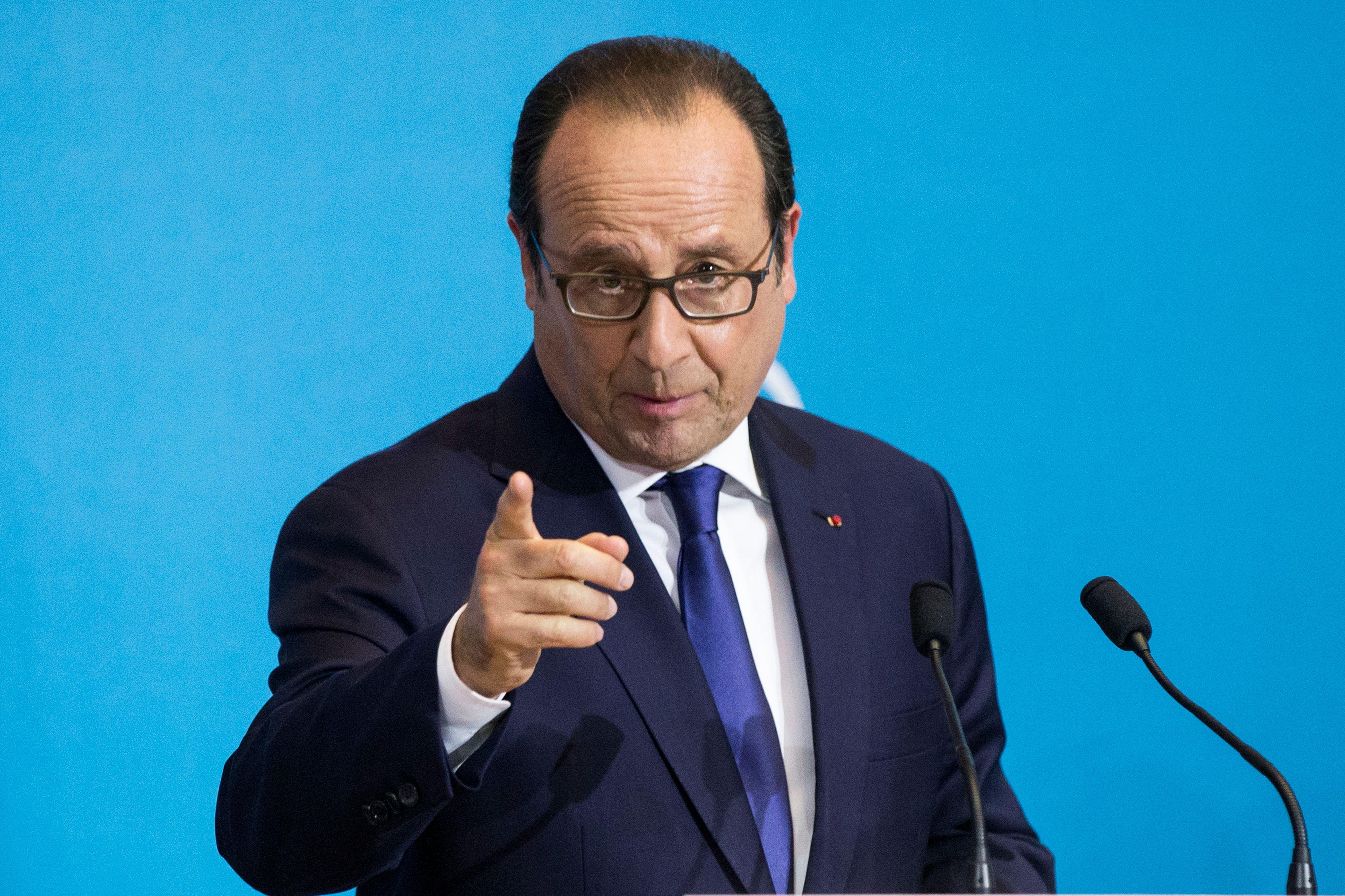 Le fossé entre droite et gauche se creuse sur la question du poids de l'Etat en France.