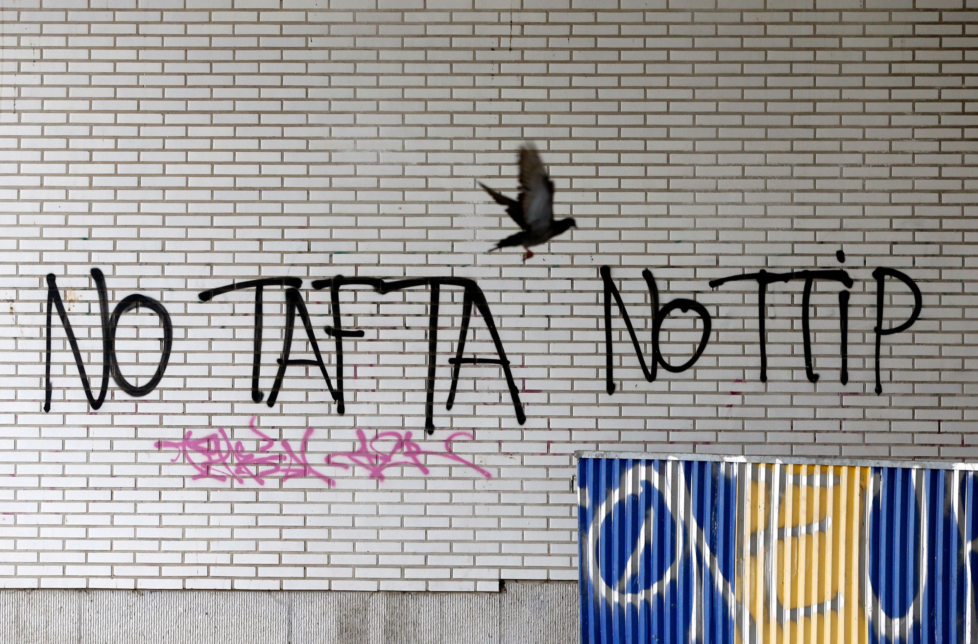 """Manuel Valls : le traité Tafta """"imposerait une vision qui serait mauvaise pour notre économie"""""""