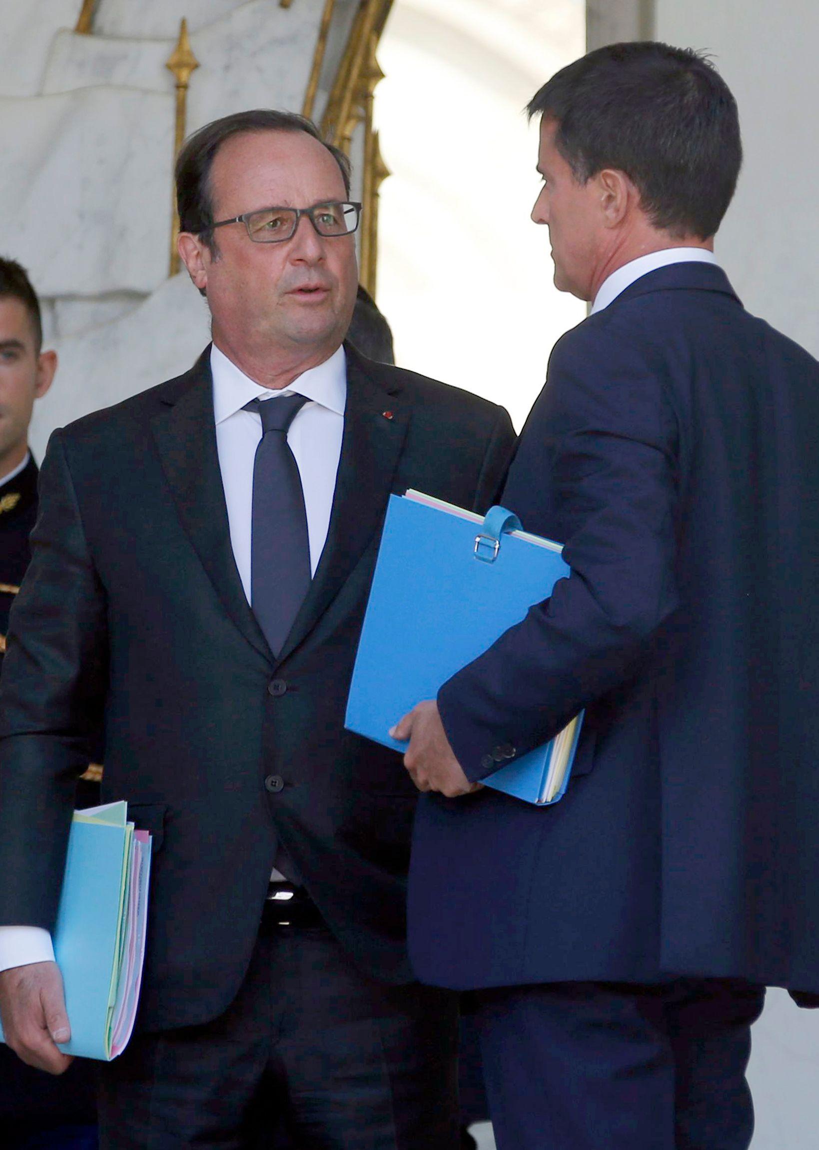 """Manuel Valls s'est """"hollandisé"""", selon l'opposition."""