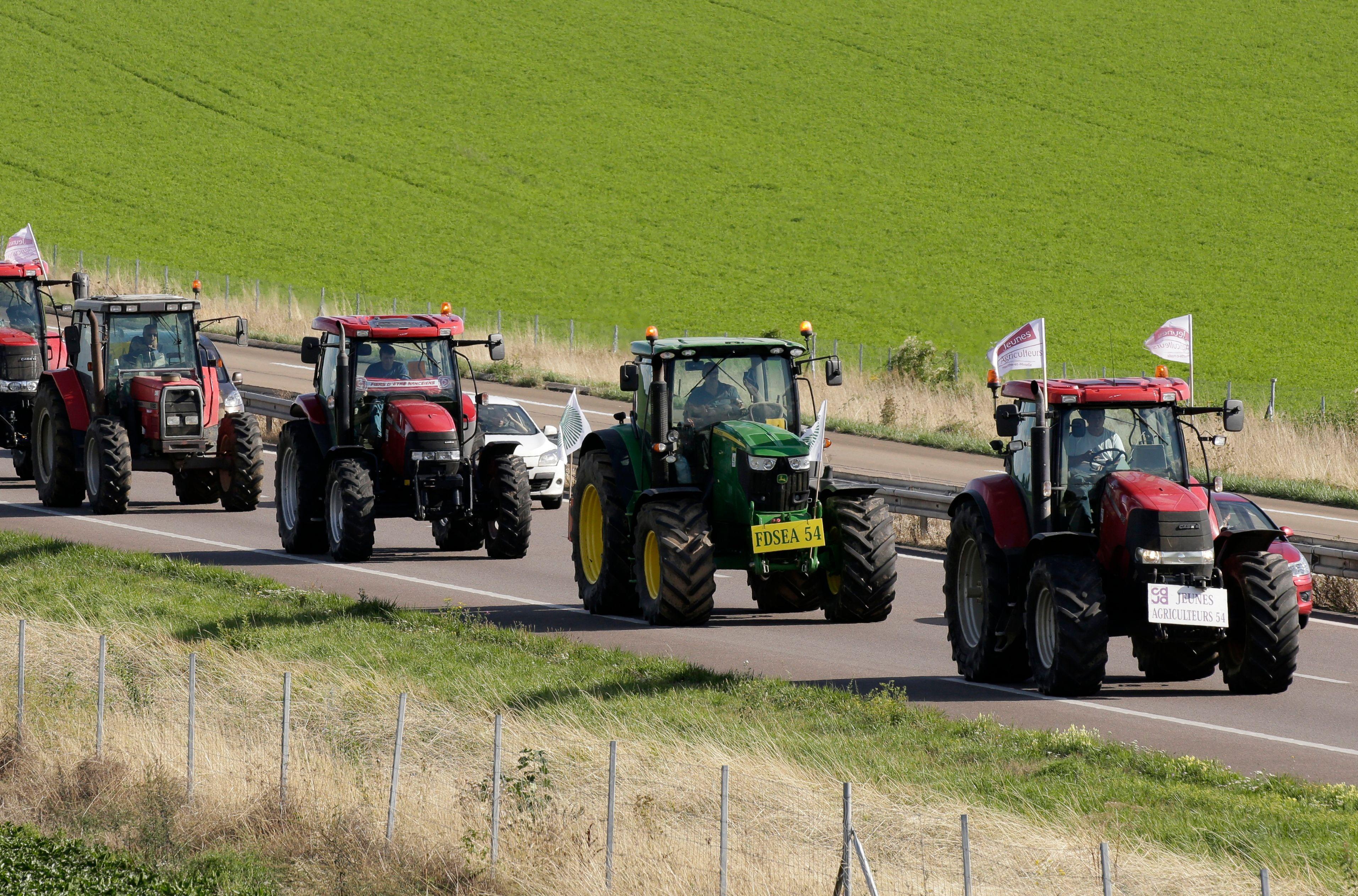 Un Tarnais reçoit un PV pour avoir conduit à 137 km/h… sur son tracteur