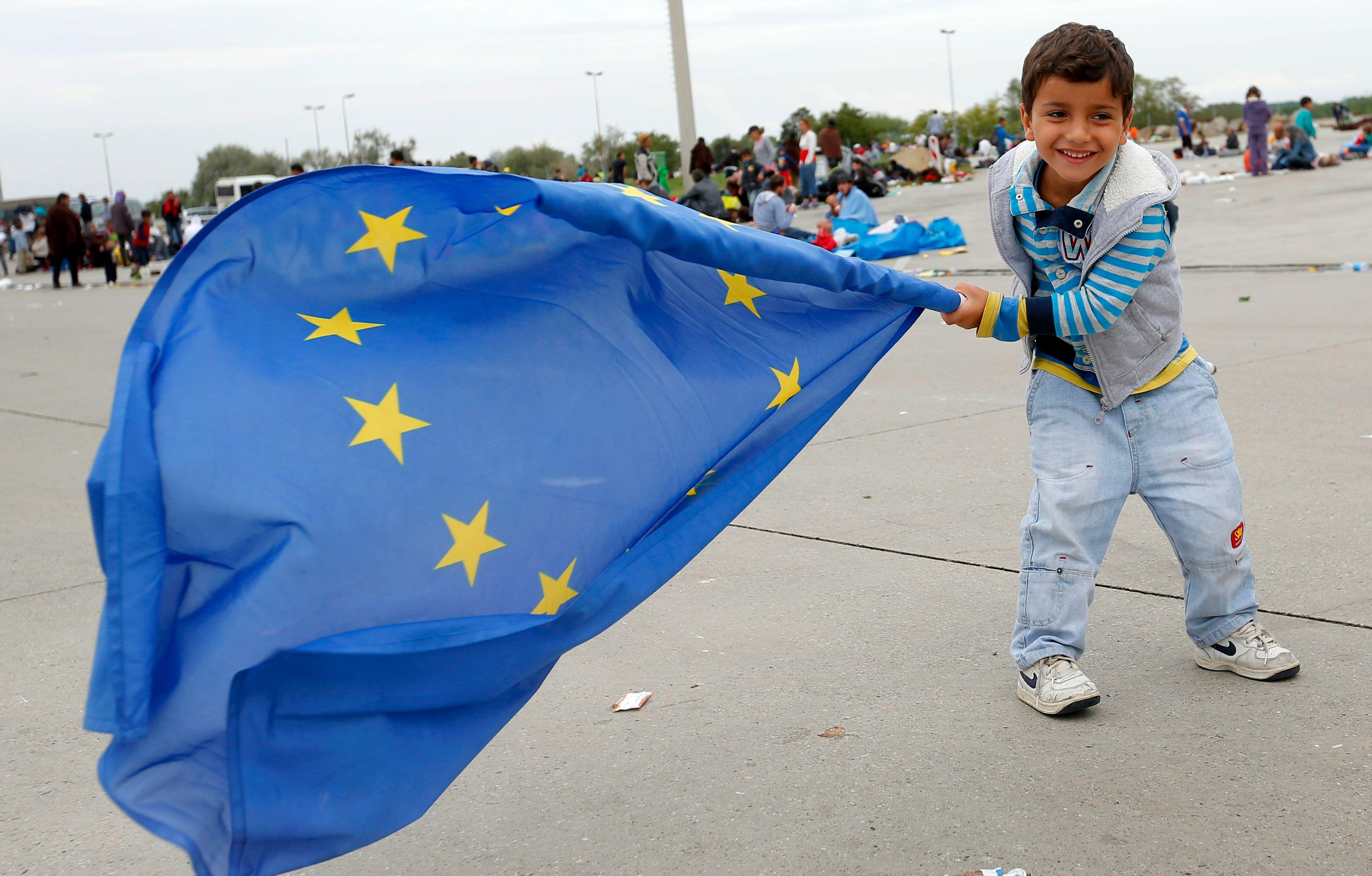 L'UE est tétanisée par l'austérité et la crise des migrants.