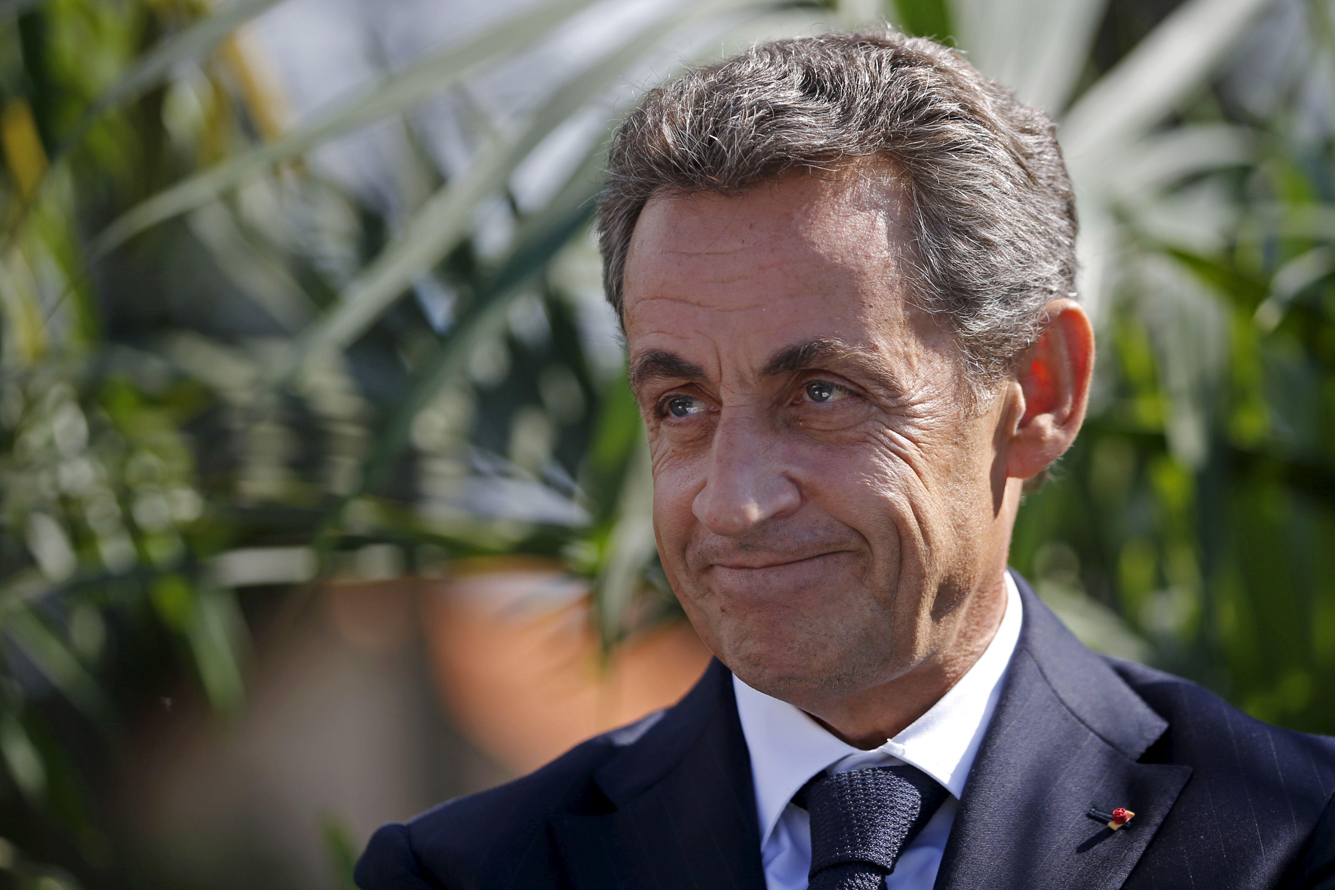 Sondage: Nicolas Sarkozy devancé par Marine Le Pen et François Hollande sur la question des réfugiés