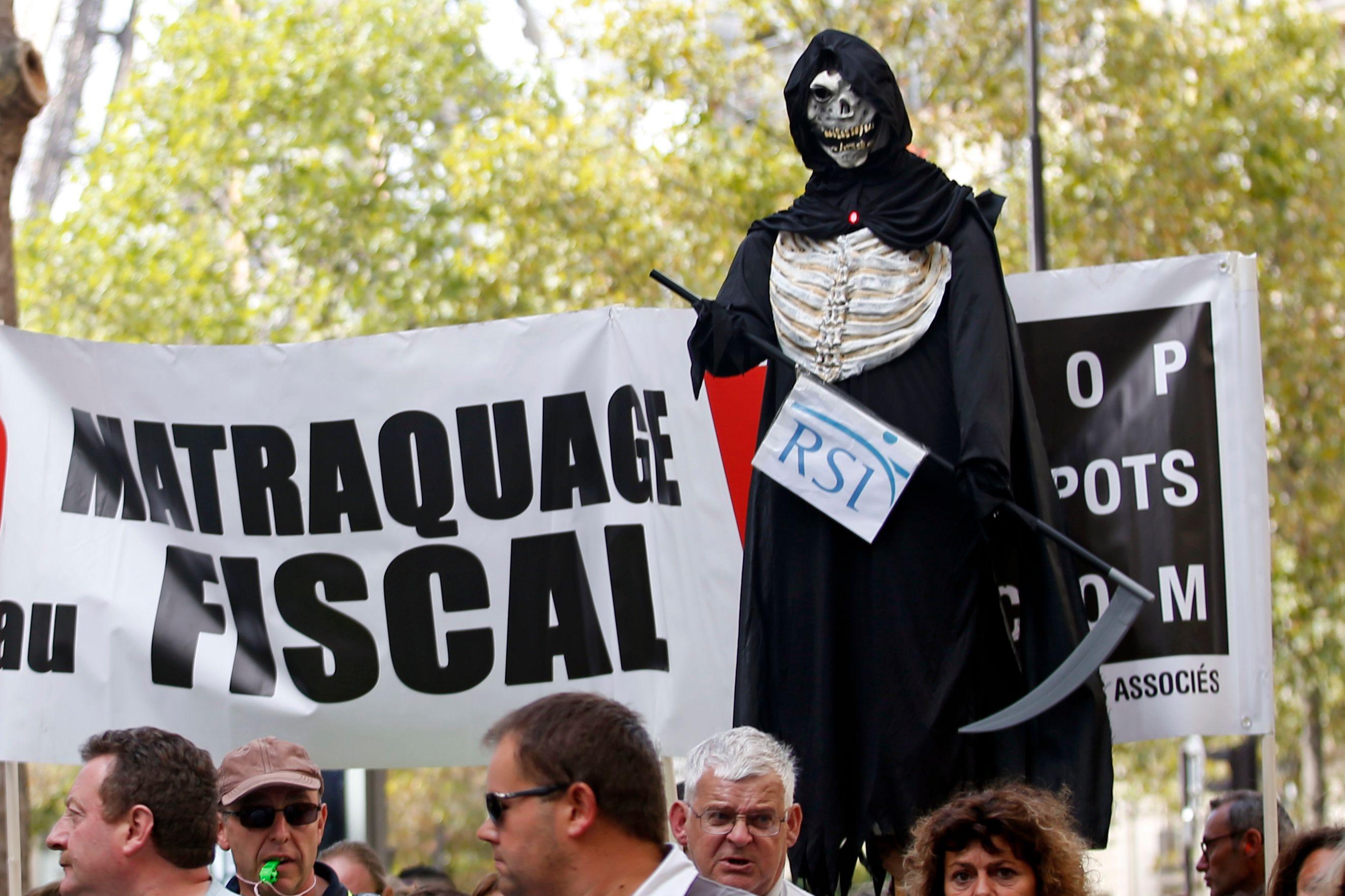 RSI : quand Libération bave de mépris sur un peintre en bâtiment