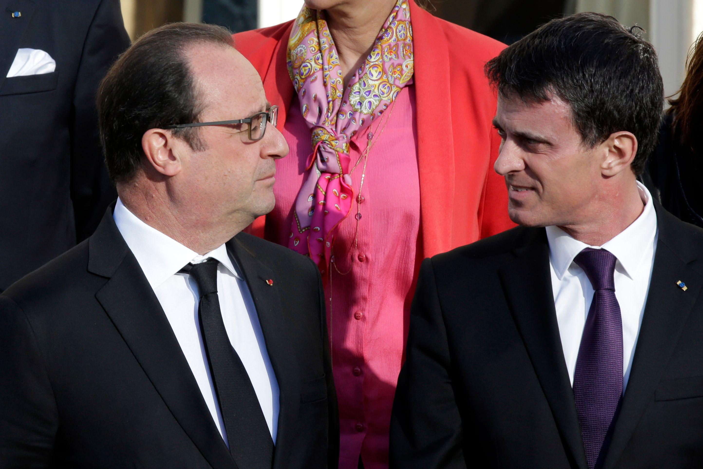 """Manuel Valls évoque """"une part de responsabilité dans le fait que l'on n'agit pas suffisamment avec le souci de la vérité et de la transparence""""."""