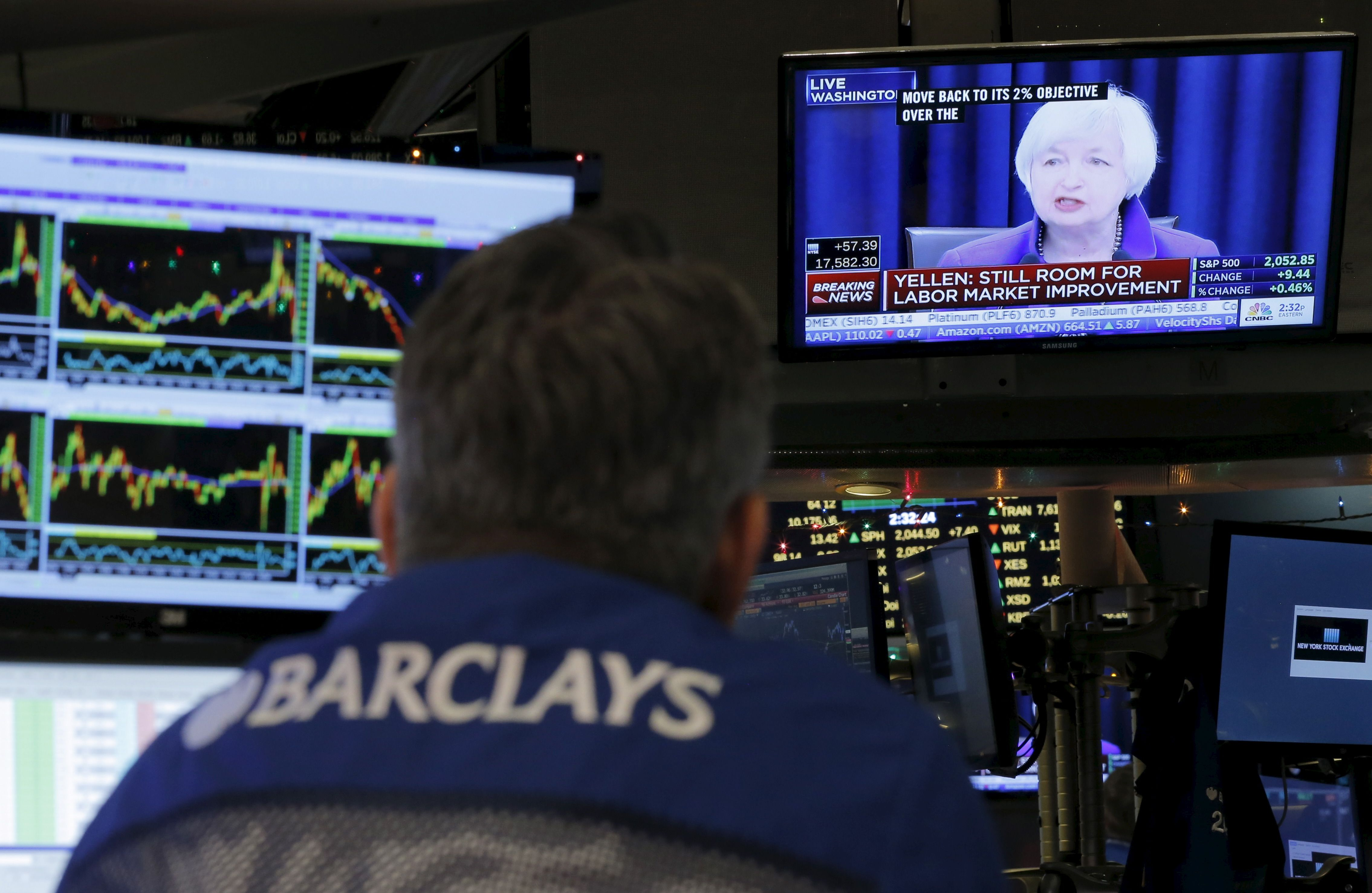 La FED réduit la création monétaire, le dollar s'envole