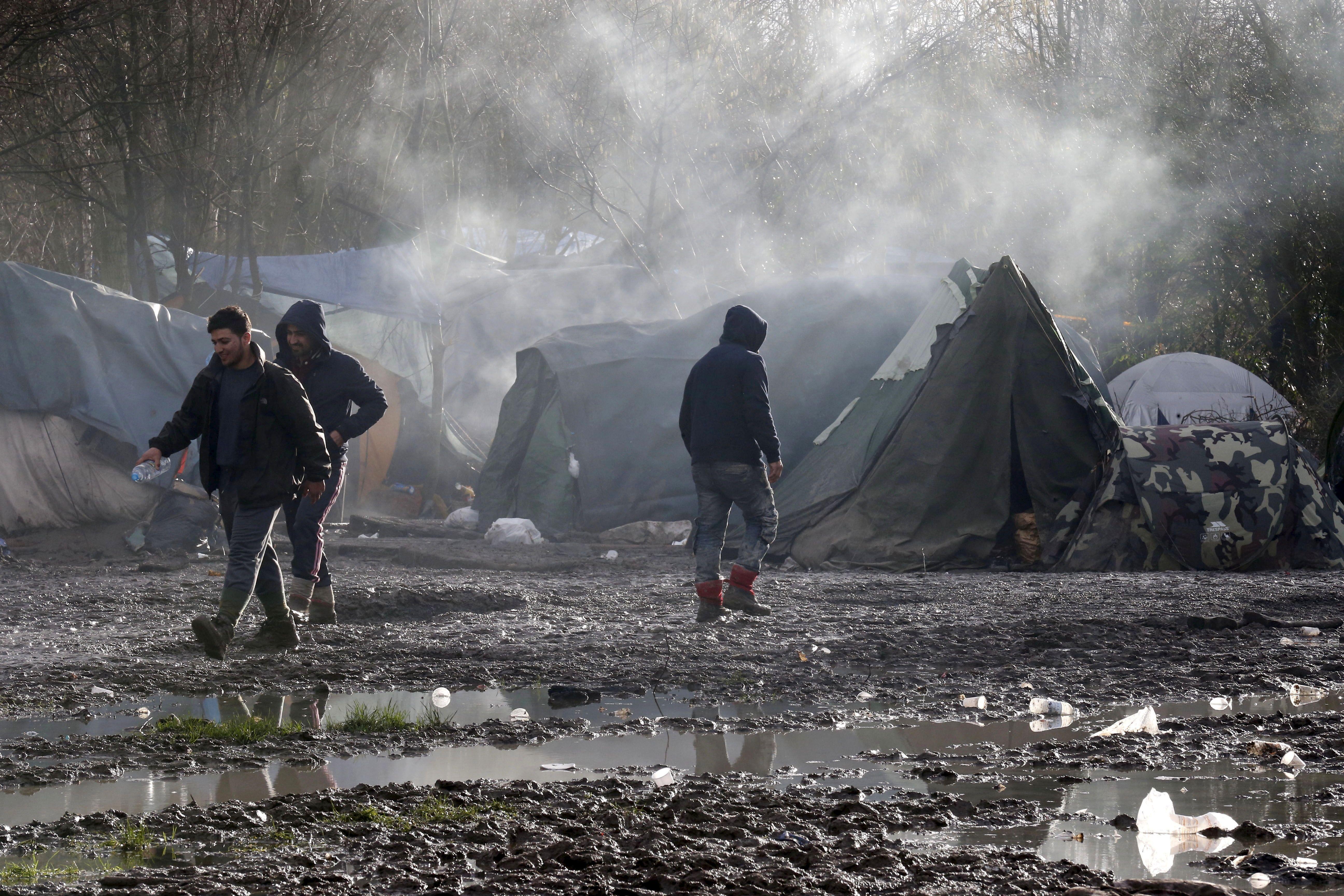 Deux migrants blessés par balles après une altercation au camp de Grande-Synthe