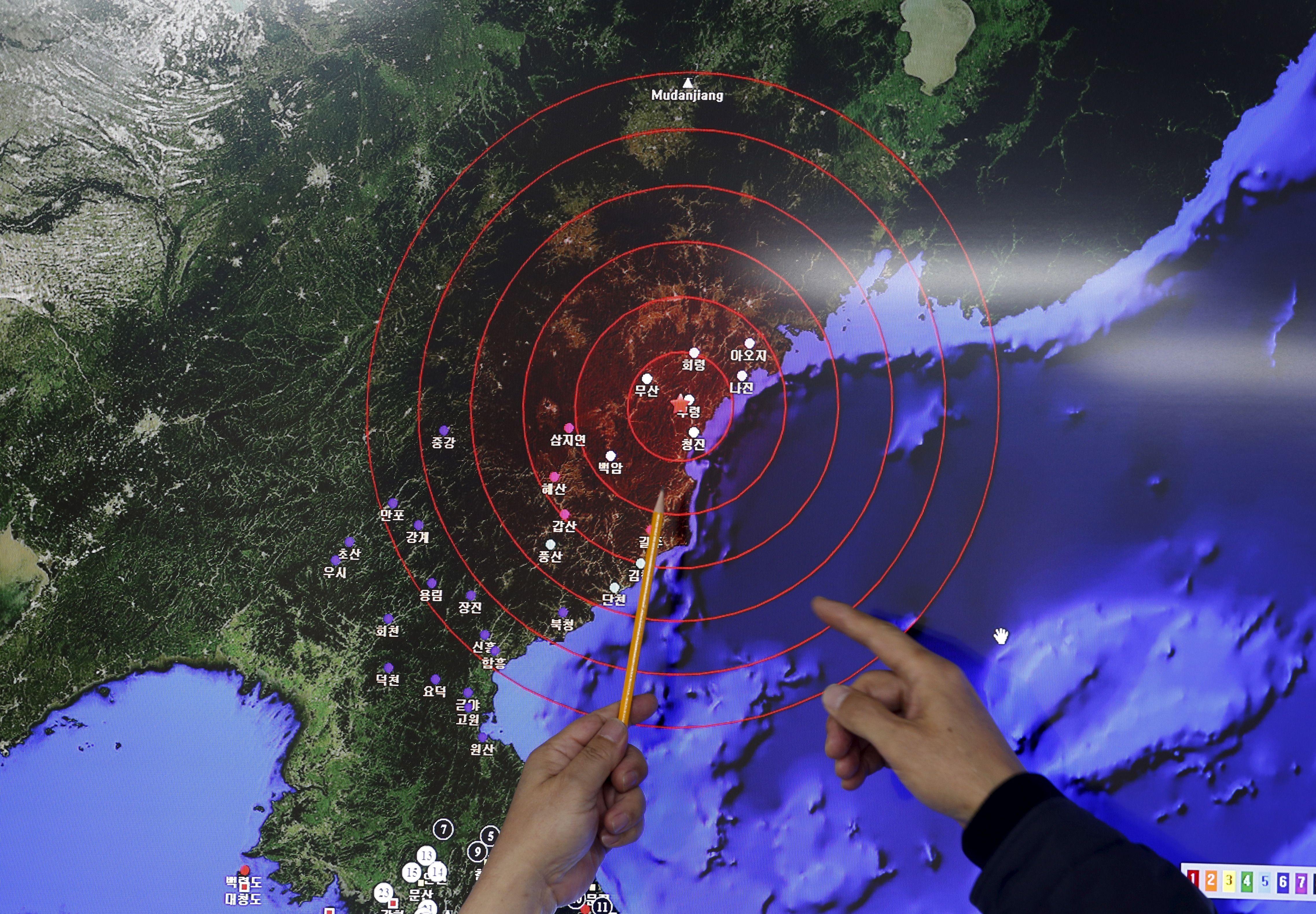Sismologie : détecter un essai de bombe H en Corée du Nord, c'est simple ; VertiGo, un robot qui grimpe et roule sur les murs