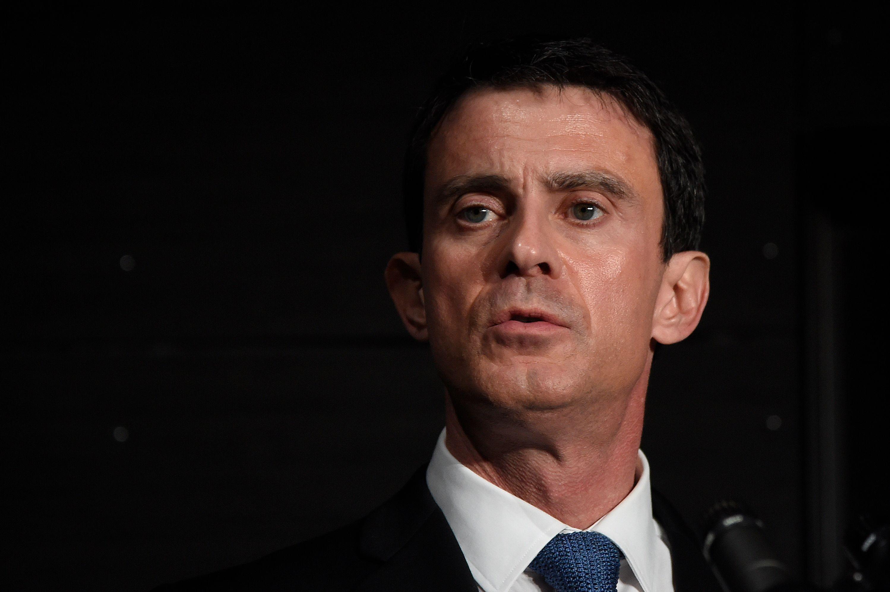"Primaire de la gauche : Manuel Valls ""s'effacera"" en cas de victoire de Benoît Hamon"