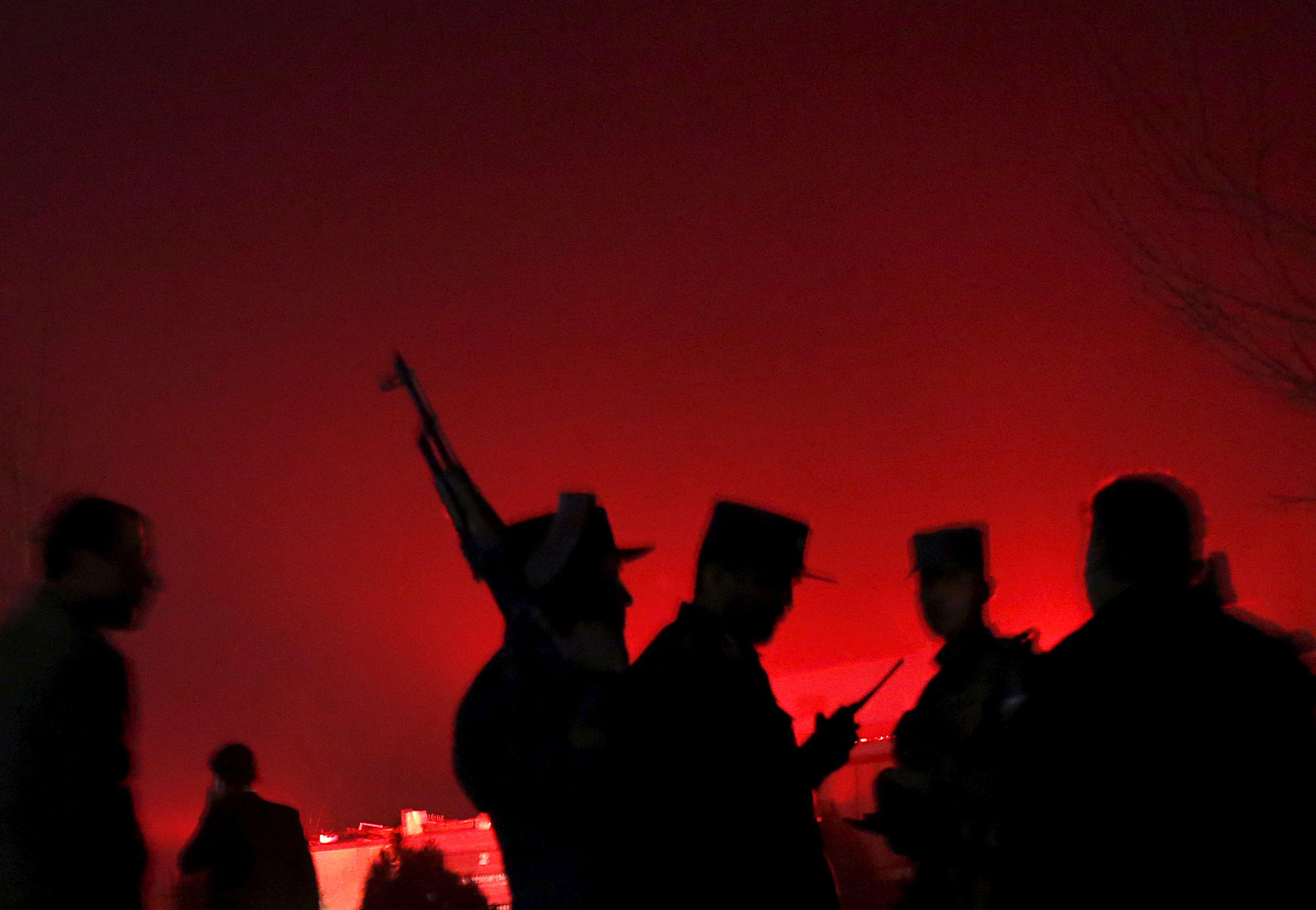 Afghanistan : plus de 100 morts dans l'attaque d'une base militaire