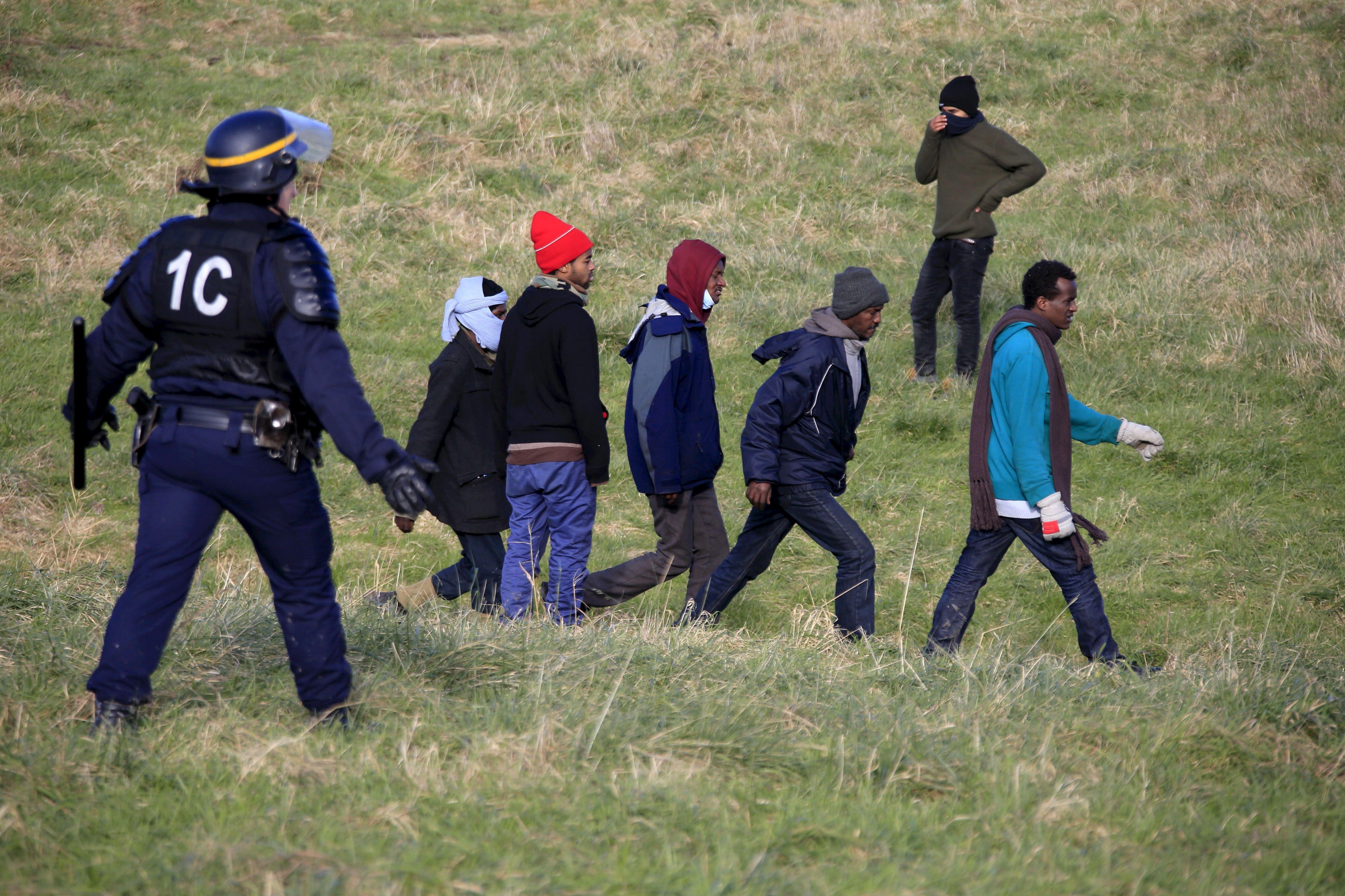 Pourquoi la baisse des chiffres officiels sur les arrivées de migrants en Europe masque un phénomène plus massif et durable qu'il n'y paraît
