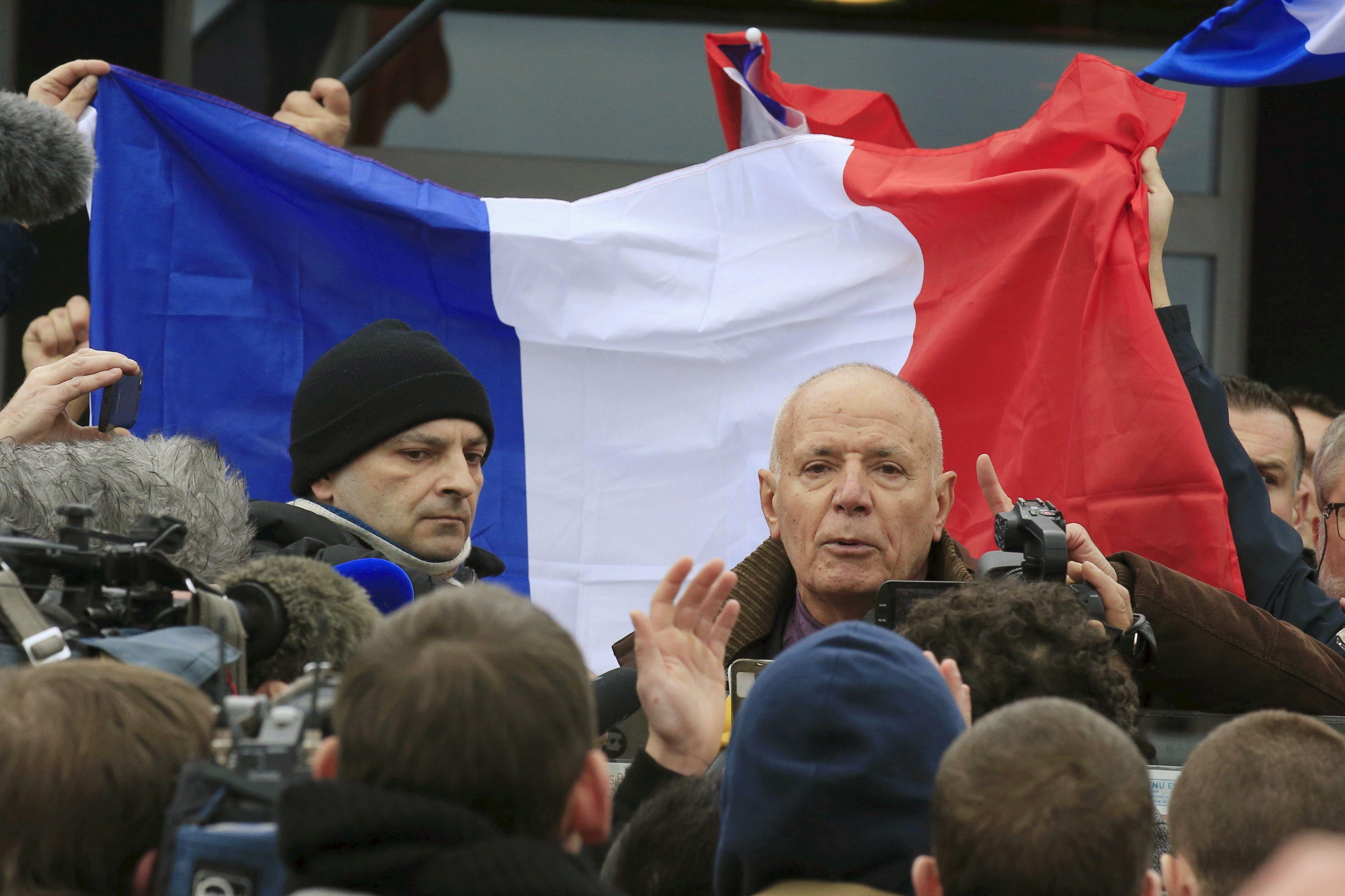 Calais : l'ex-patron de la légion étrangère sera jugé en comparution immédiate