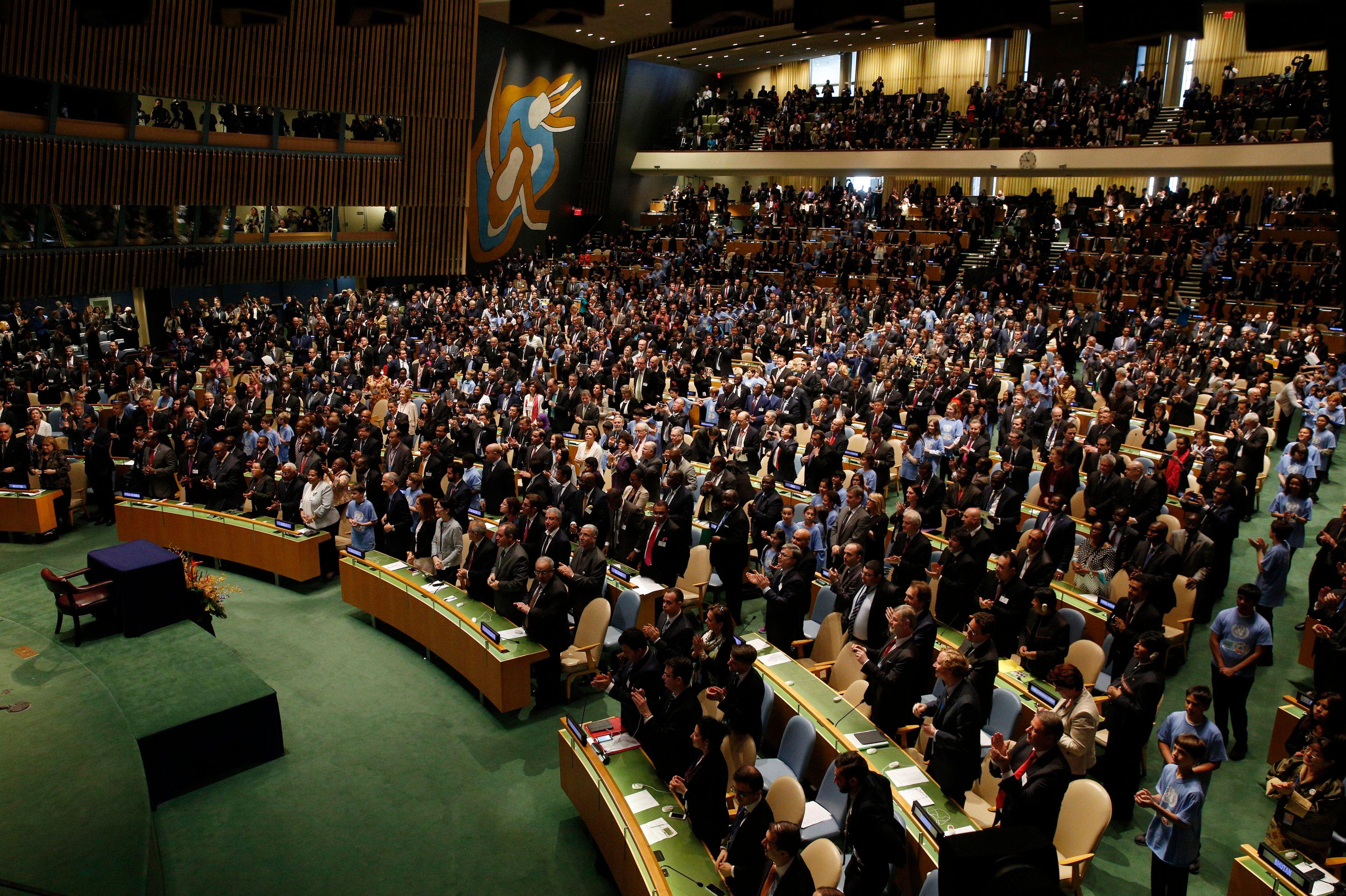 COP21 : 175 pays signent l'accord sur le climat
