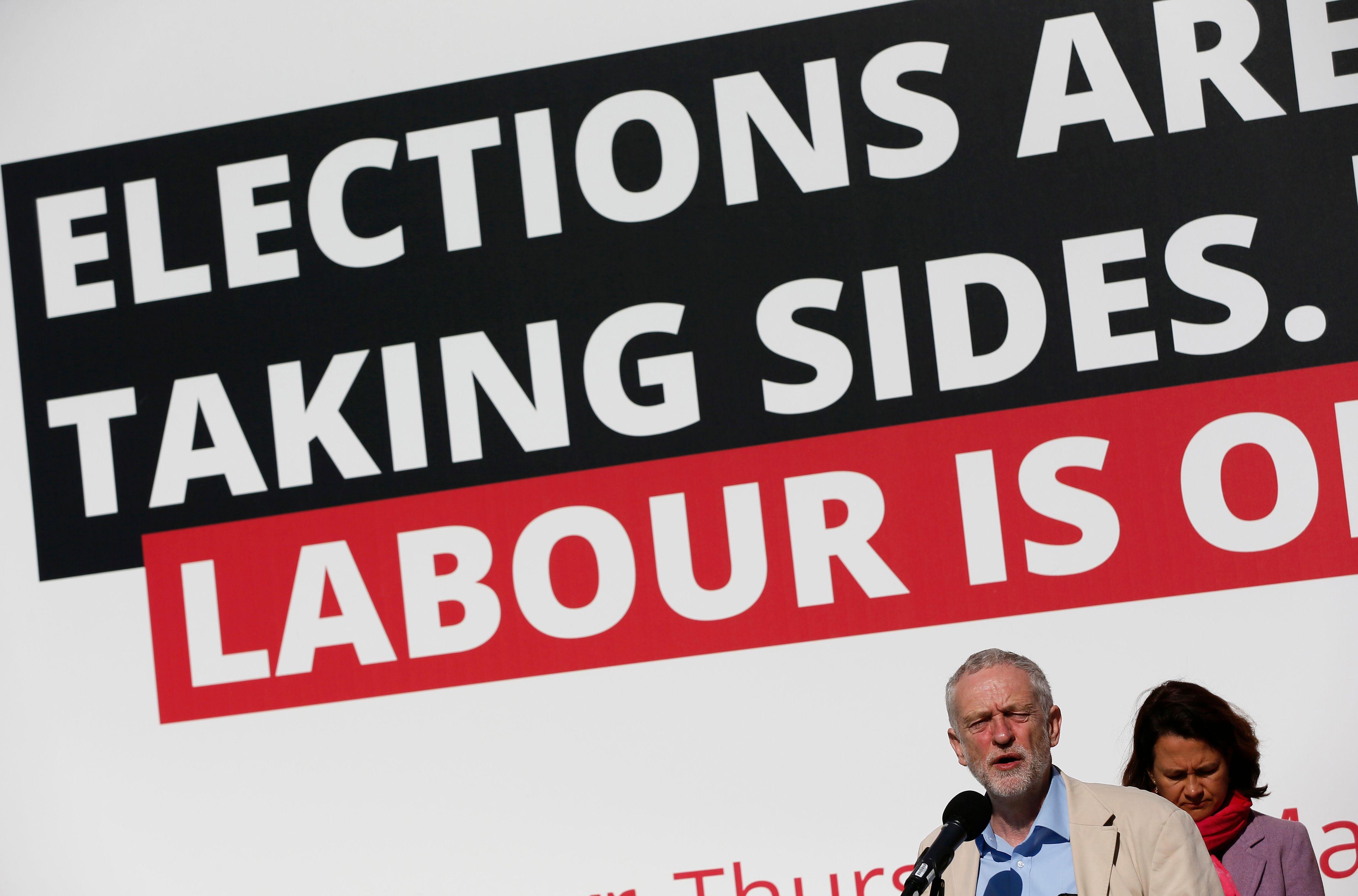 Le manifeste de la discorde : Jeremy Corbyn et le parti travailliste britannique pris dans les remous de leur programme législatif ultra à gauche