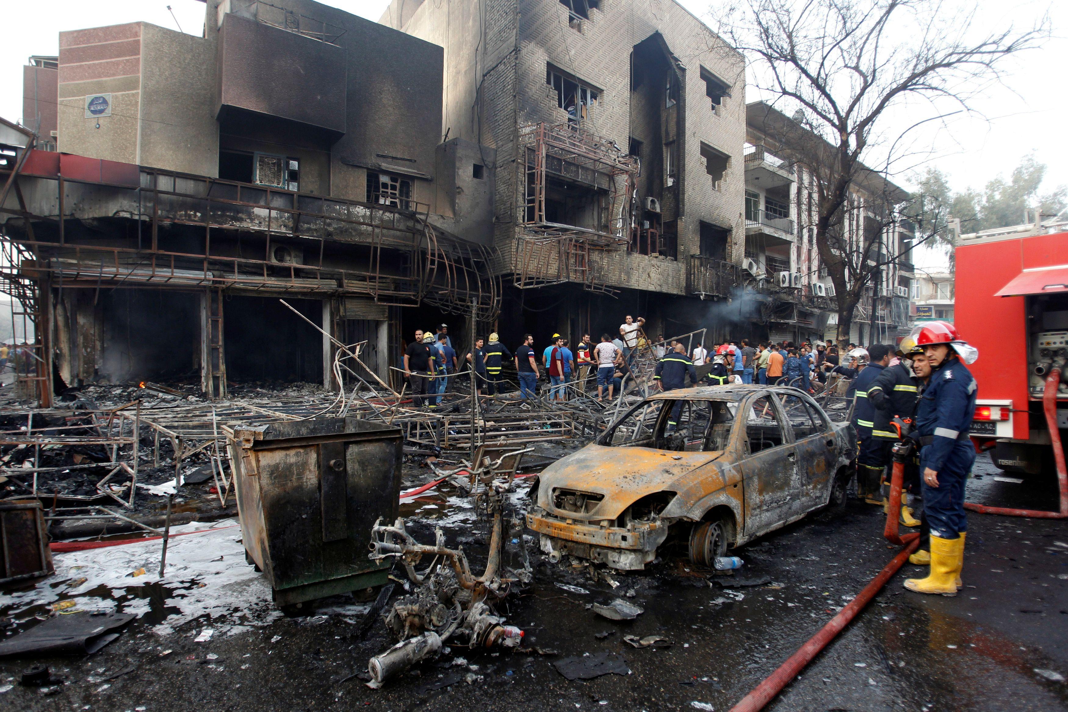Bagdad : deux attentats de l'Etat islamique font au moins 80 morts