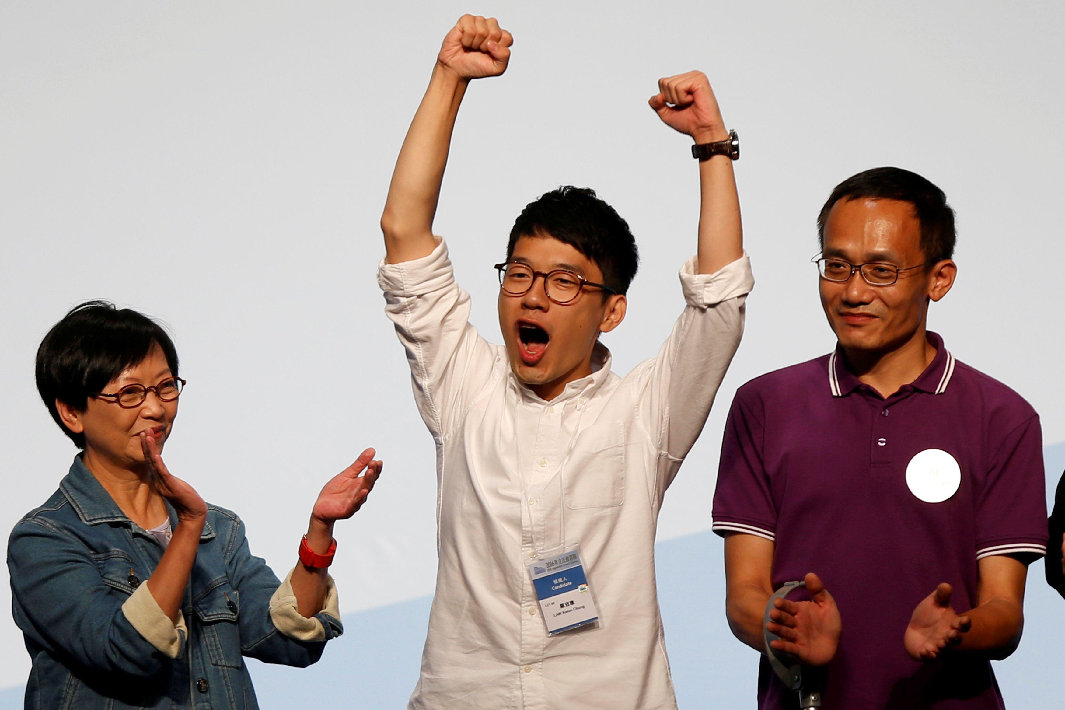 """Hong Kong : entrée à la législature pour le """"Mouvement des parapluies"""""""