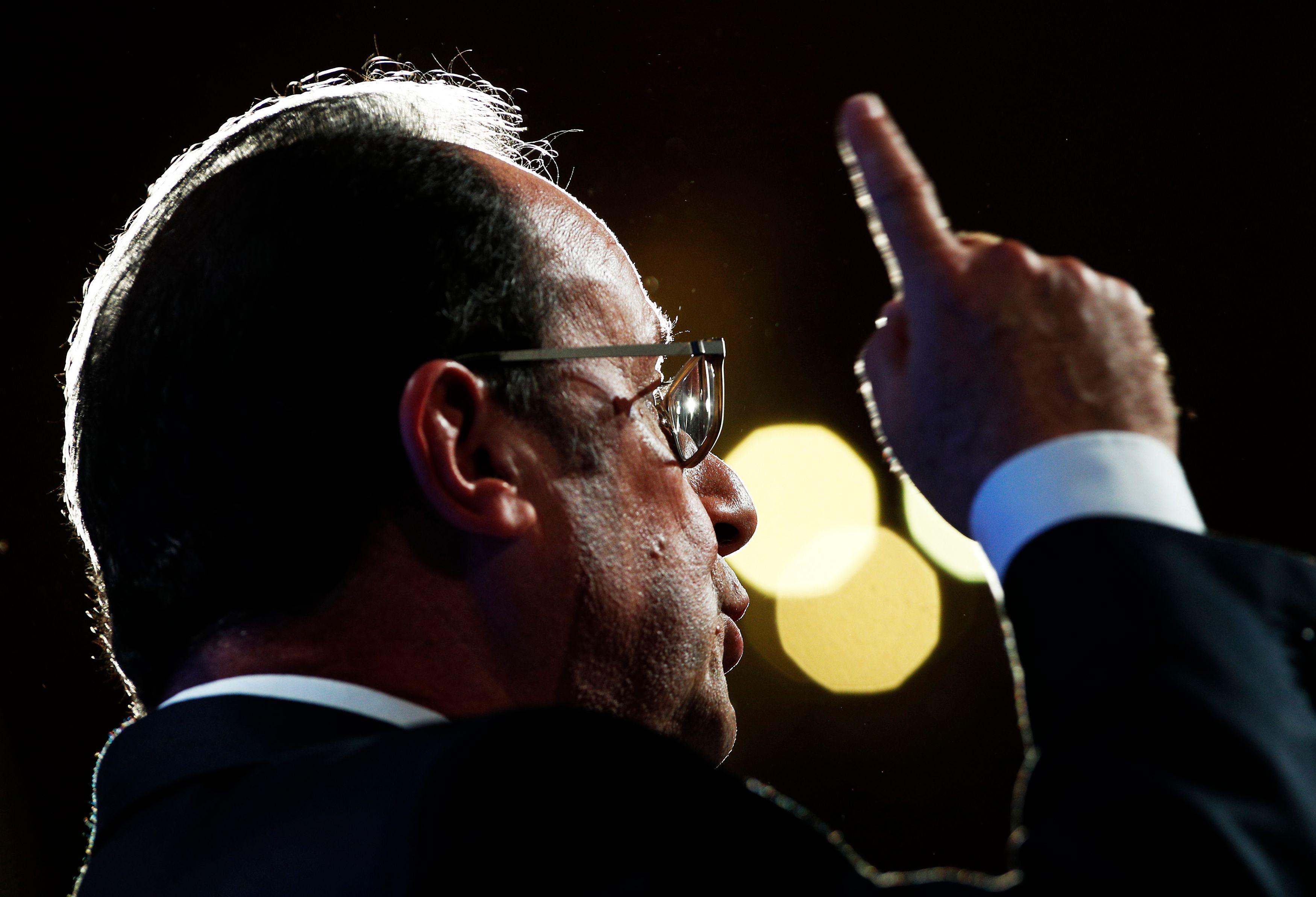 """François Hollande a activé """"tous ses réseaux en Turquie"""" pour libérer le jeune reporter Loup Bureau"""