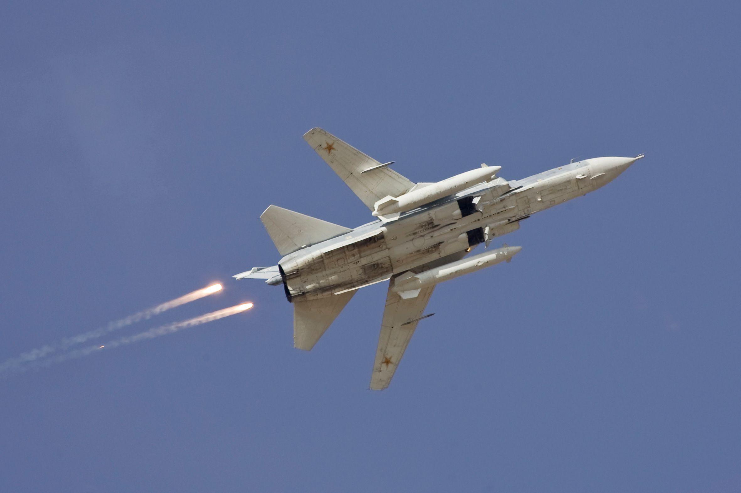 """Un avion militaire russe abattu par la Turquie à la frontière syrienne, Vladimir Poutine parle d'un """"coup de poignard dans le dos"""""""