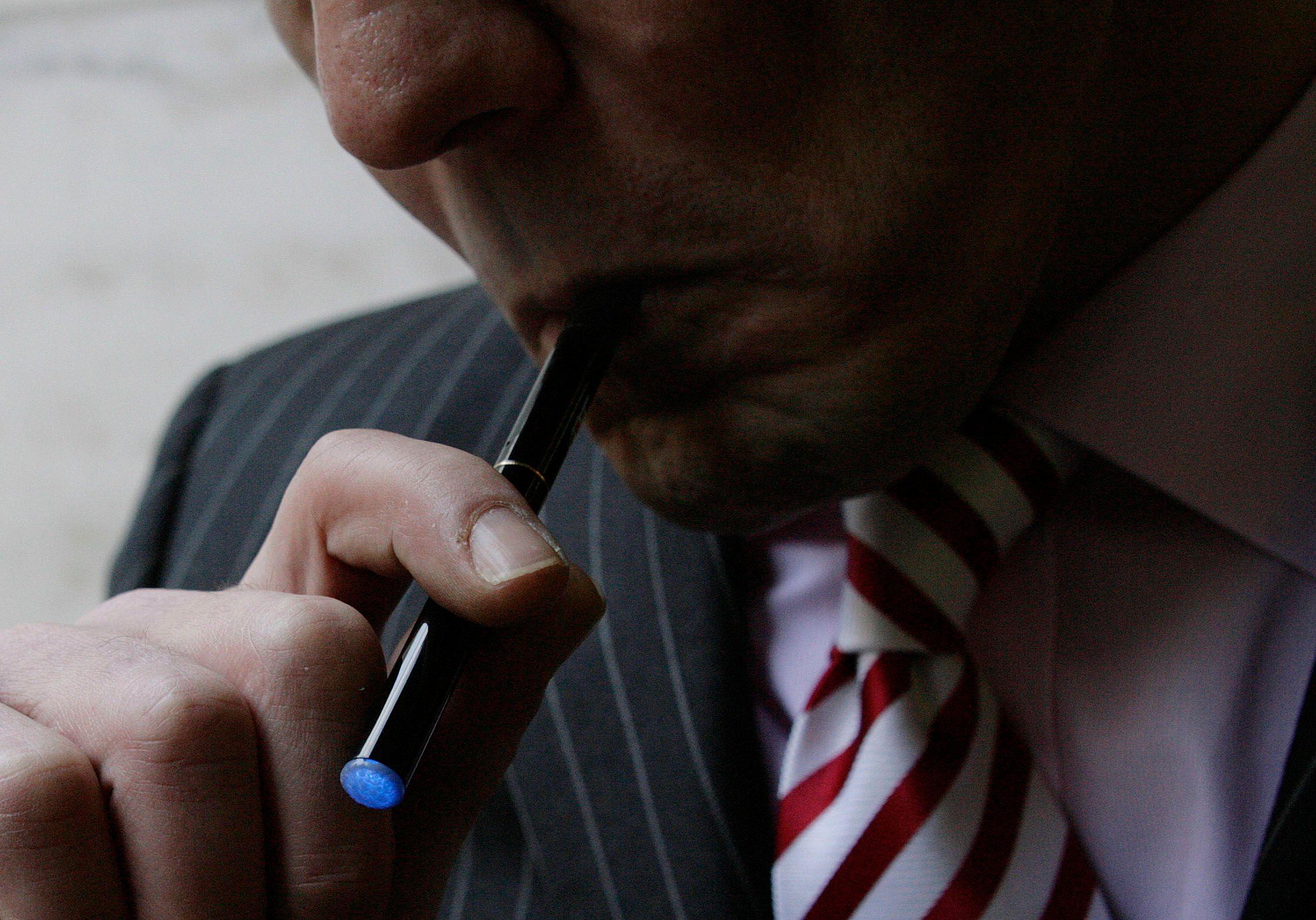 Les volutes produites grâce aux cigarettes électroniques contiennent essentiellement de la vapeur d'eau.