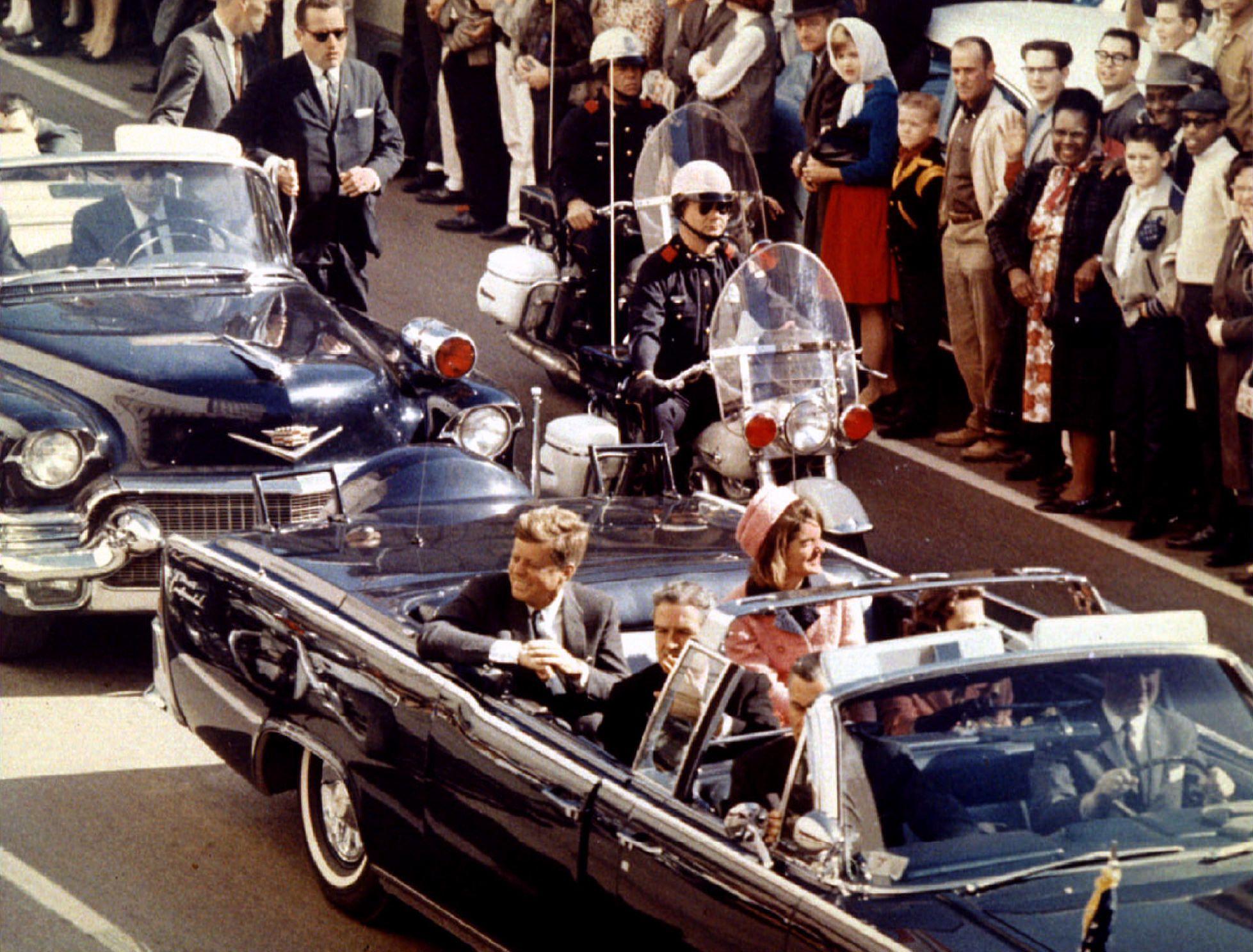JFK a été assassiné le 22 novembre 1963 à Dallas.
