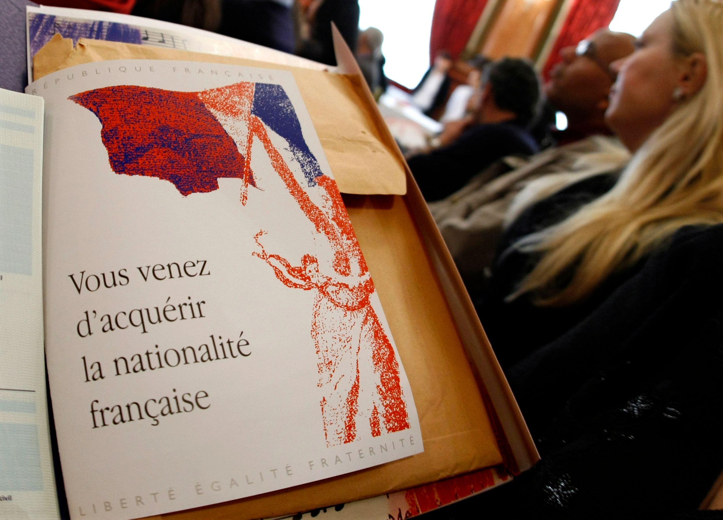 Déchéance de nationalité : pour 58% des Français, Hollande a eu tort de l'abandonner