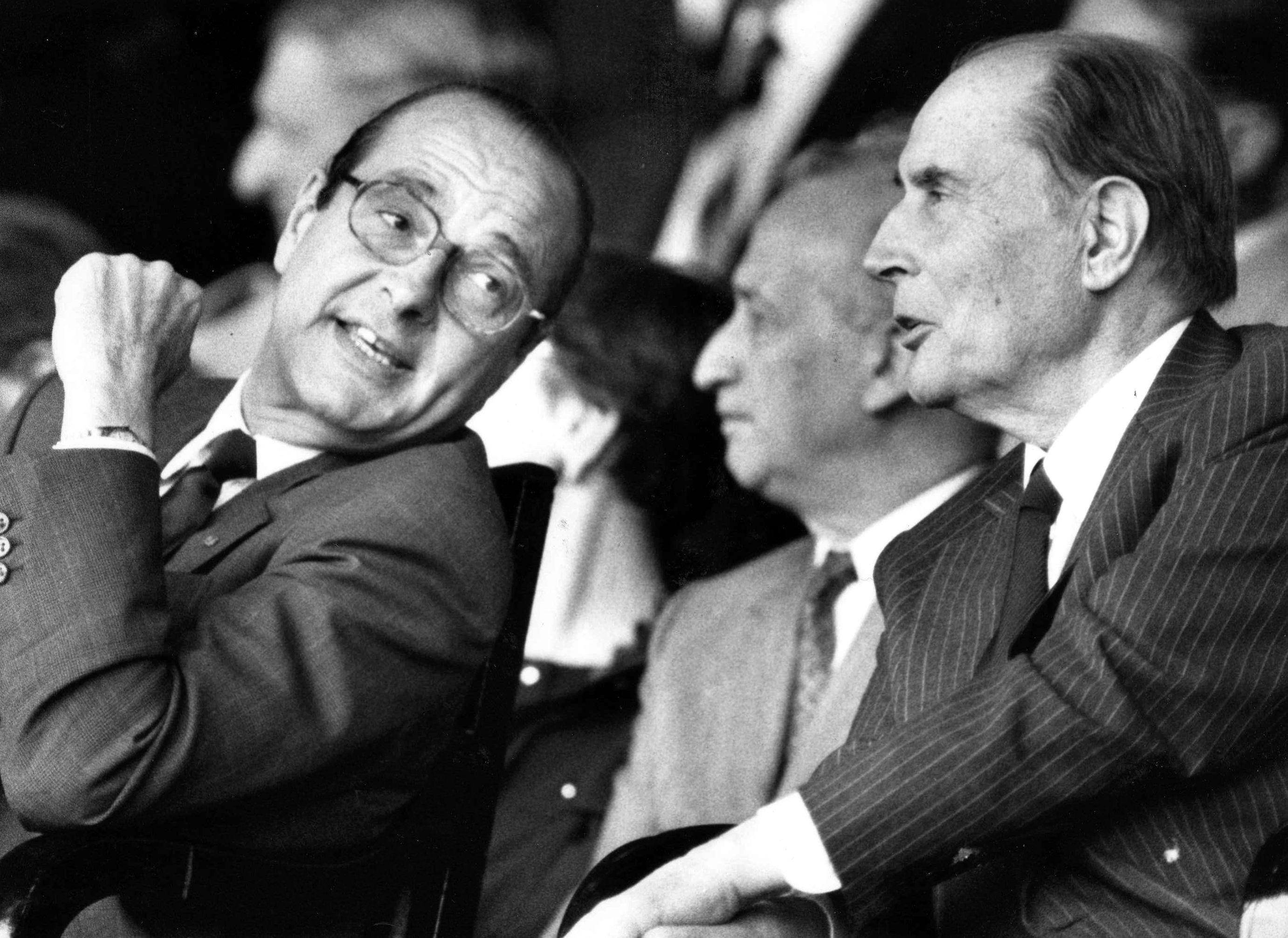Le futur candidat à sa réélection reprend les vieilles recettes appliquées en leur temps par François Mitterrand ou même Jacques Chirac, basées sur l'immobilisme,