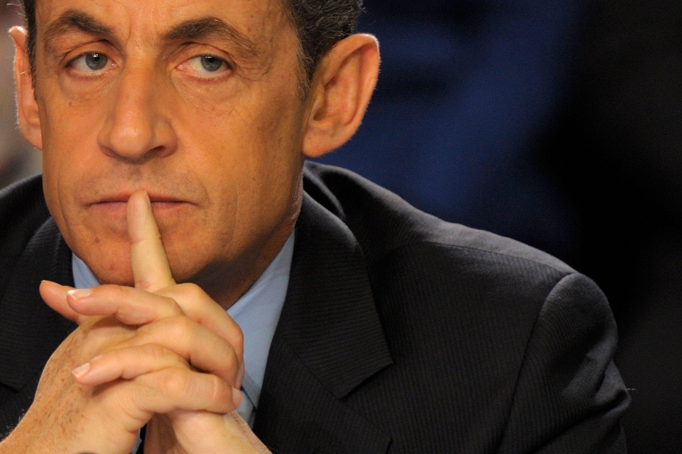 Nicolas Sarkozy recueille 38% des intentions de vote à la primaire qui doit désigner le candidat à l'élection présidentielle de 2017.