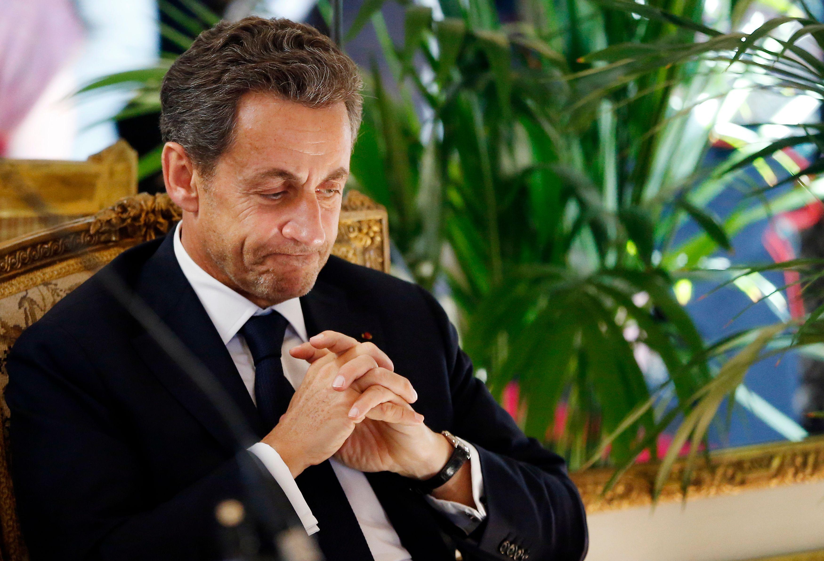 Droit d'inventaire et propositions d'avenir : l'offensive surprise de Nicolas Sarkozy en librairie qui booste l'optimisme de ses proches