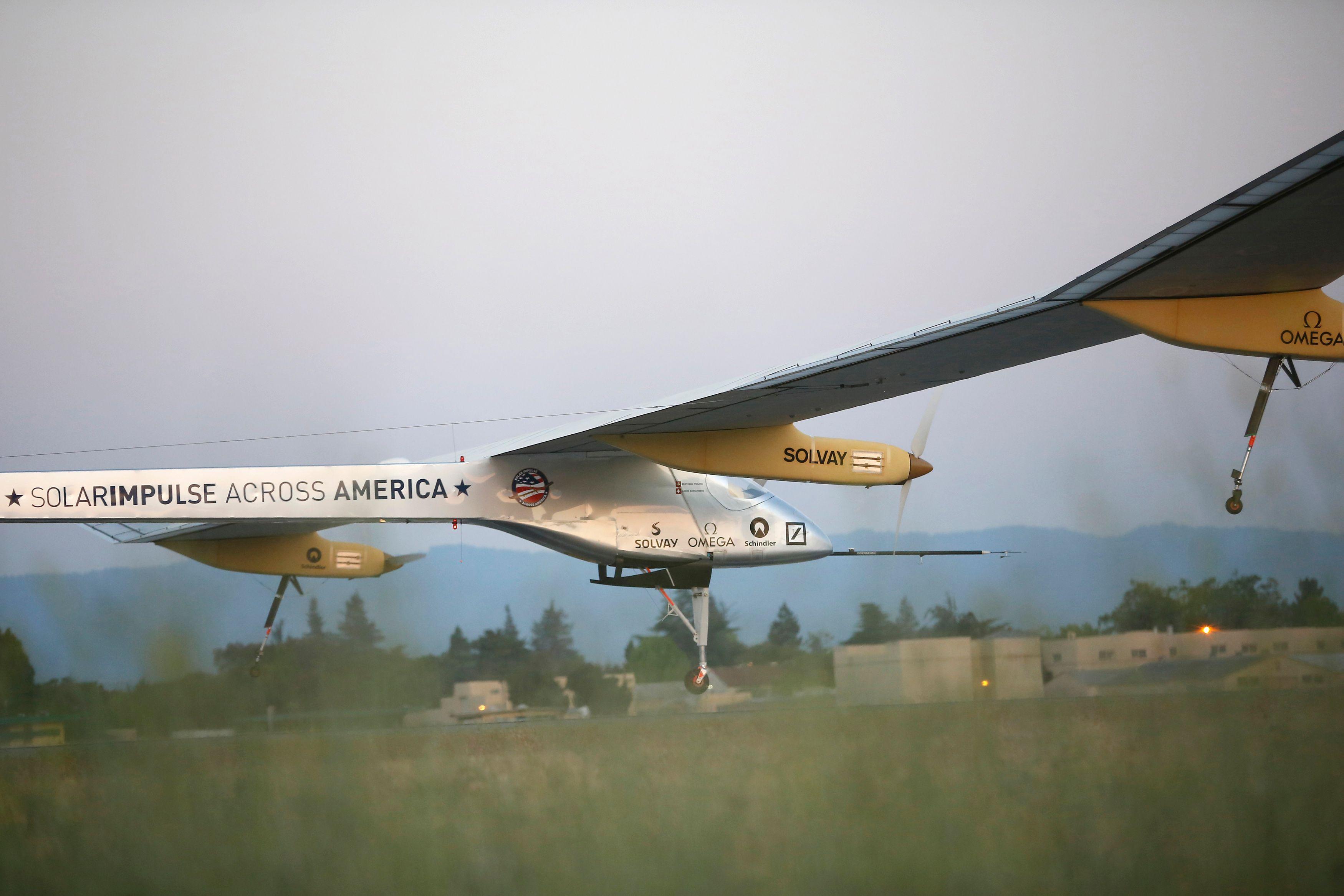 Le Solar Impulse est un avion solaire. Il effectue actuellement un périple à travers les Etats-Unis.