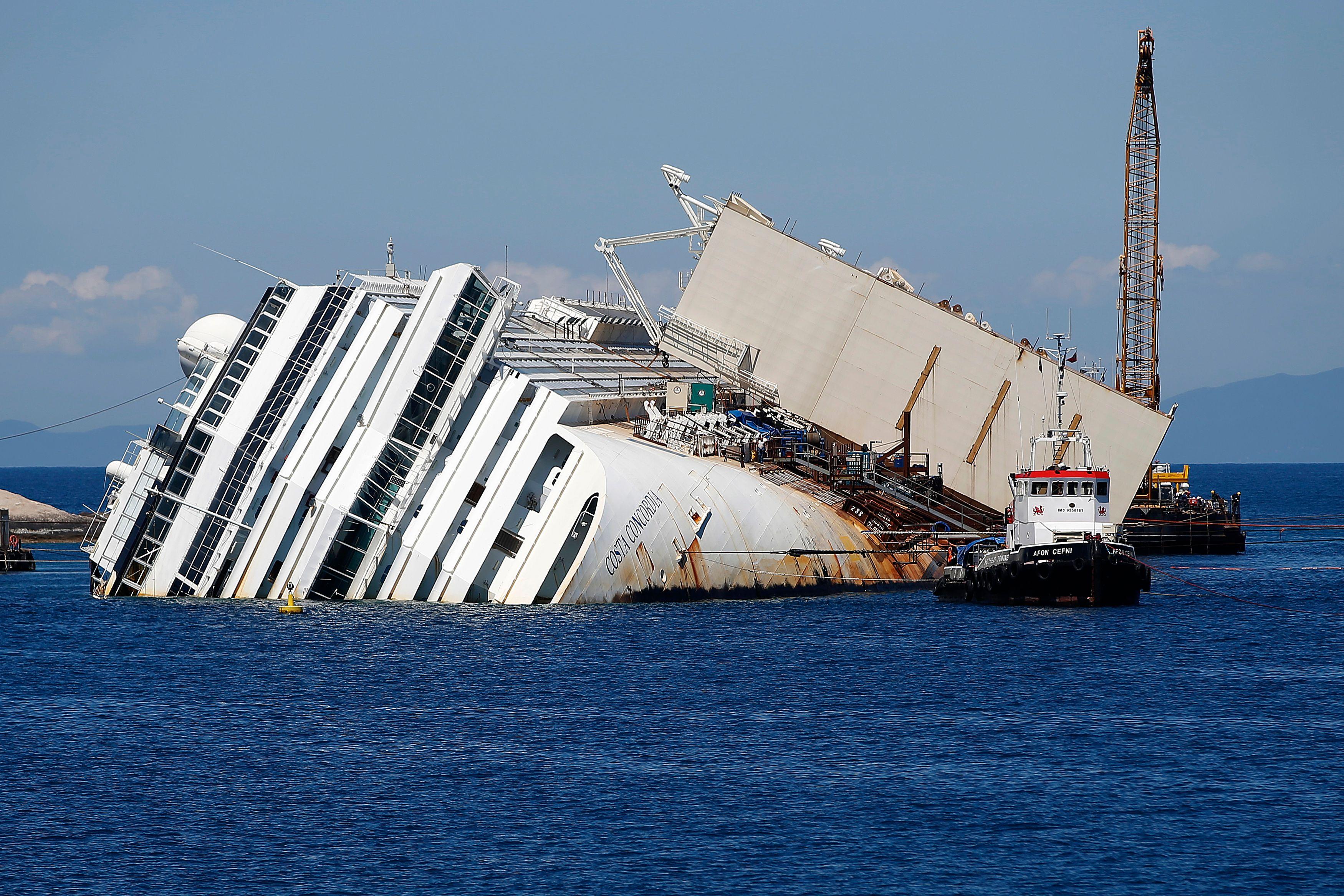 Le Costa Concordia a commencé son voyage pour Gênes