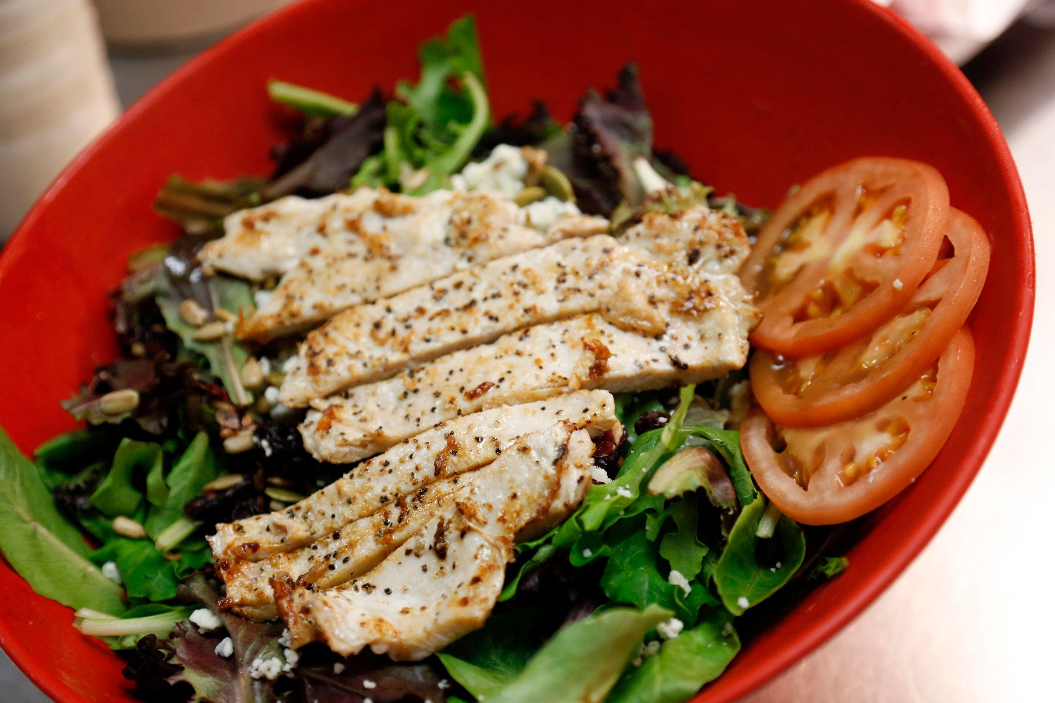 Dwight Lundell estime que la seule solution pour lutter contre les maladies cardiaques est la nourriture saine.