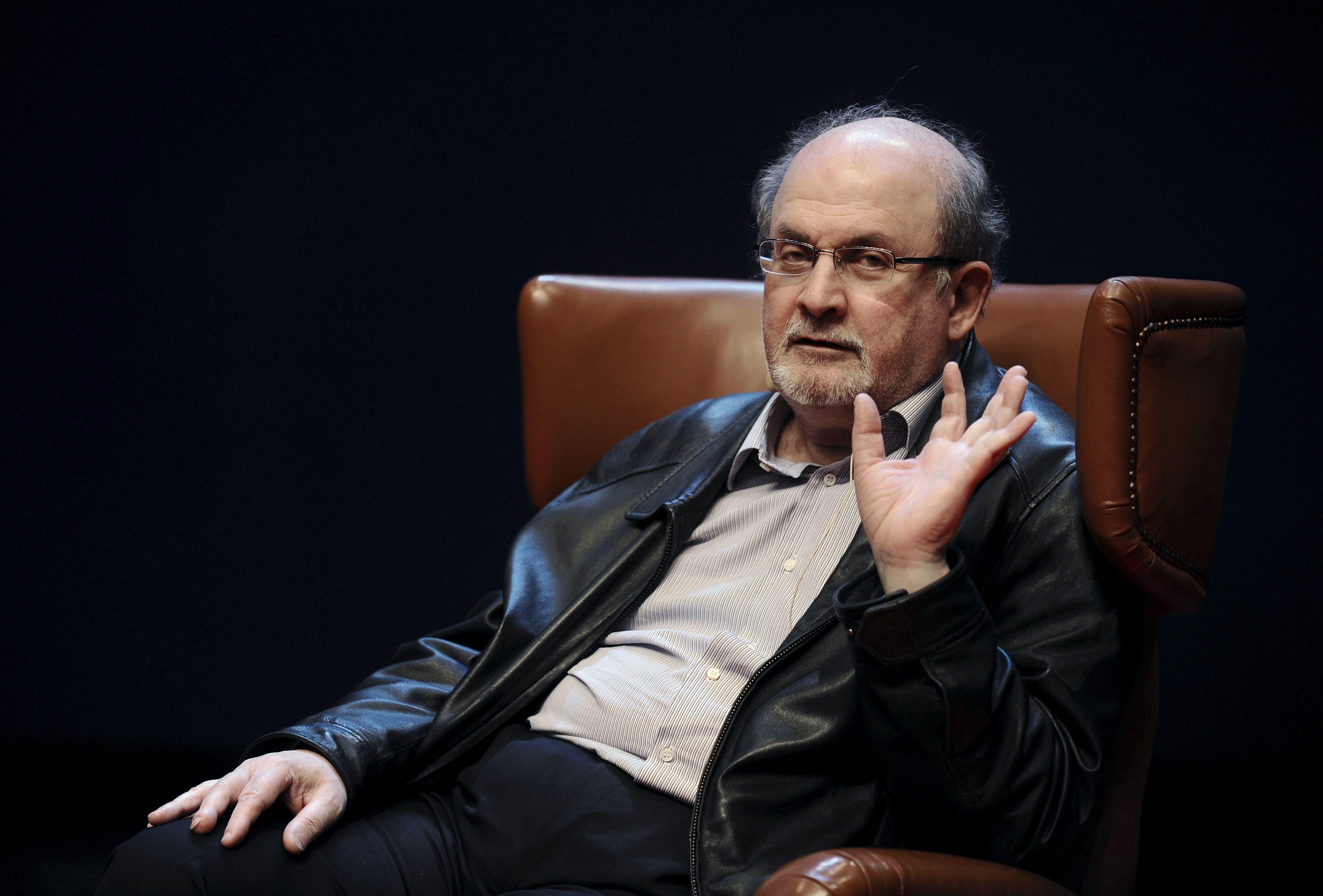 """Salman Rushdie : """"Il y a aujourd'hui un désir d'apaiser le fanatisme au lieu de s'ériger contre"""""""