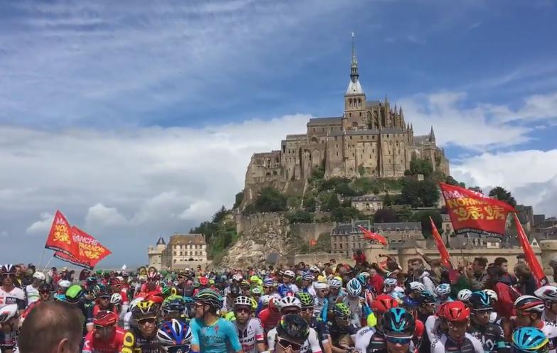 Tour de France : Mark Cavendish remporte la première étape