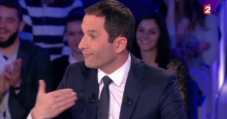 """Benoît Hamon : """"cette campagne a été beaucoup polluée par l'argent"""""""