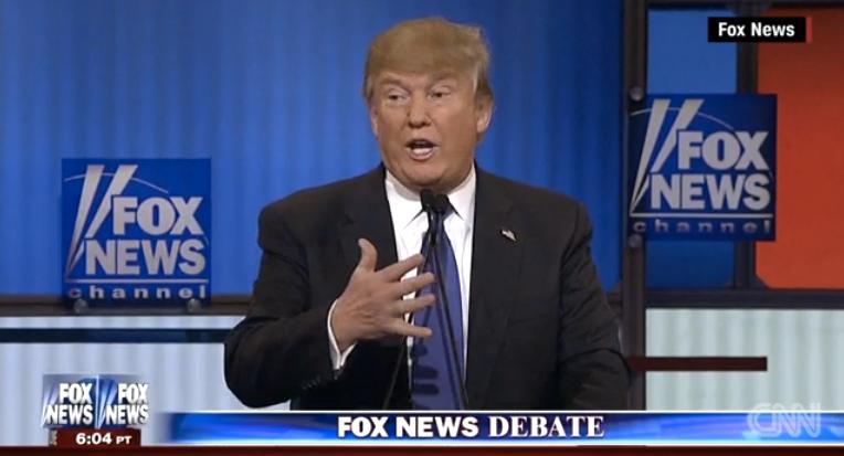 """Etats-Unis : Donald Trump promet aux caciques Républicains de """"changer son image"""""""