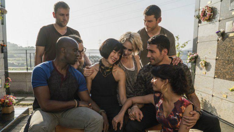 Le site porno xHamster propose de produire la 3e saison de Sense8