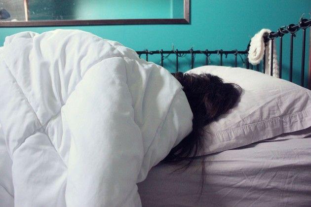 Une femme s'est réveillée en pensant vivre en 1992.