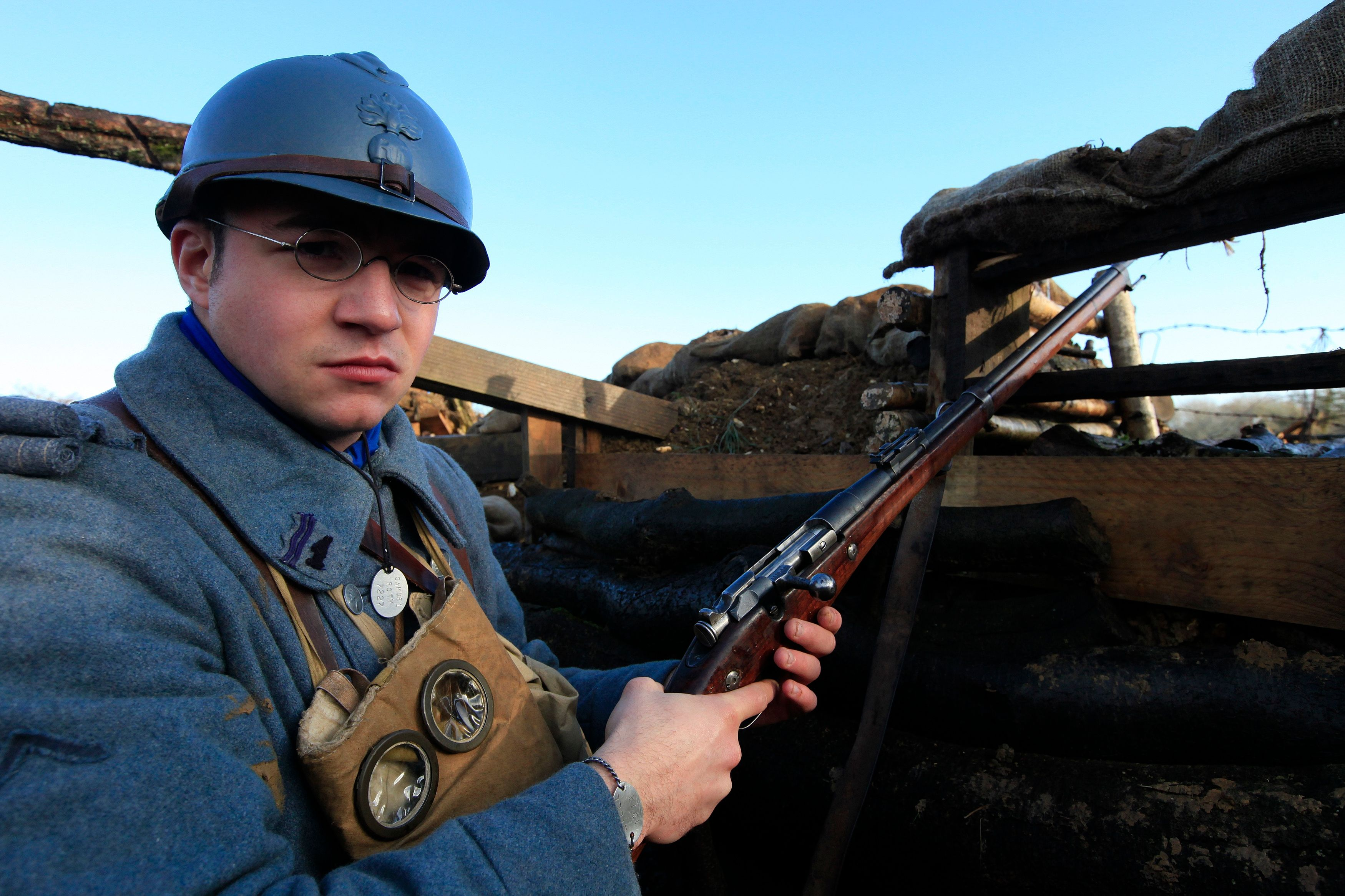 Les réalisateurs Daniel Costelle et Isabelle Clarke recréent les images de la Grande Guerre en couleurs et avec le son.
