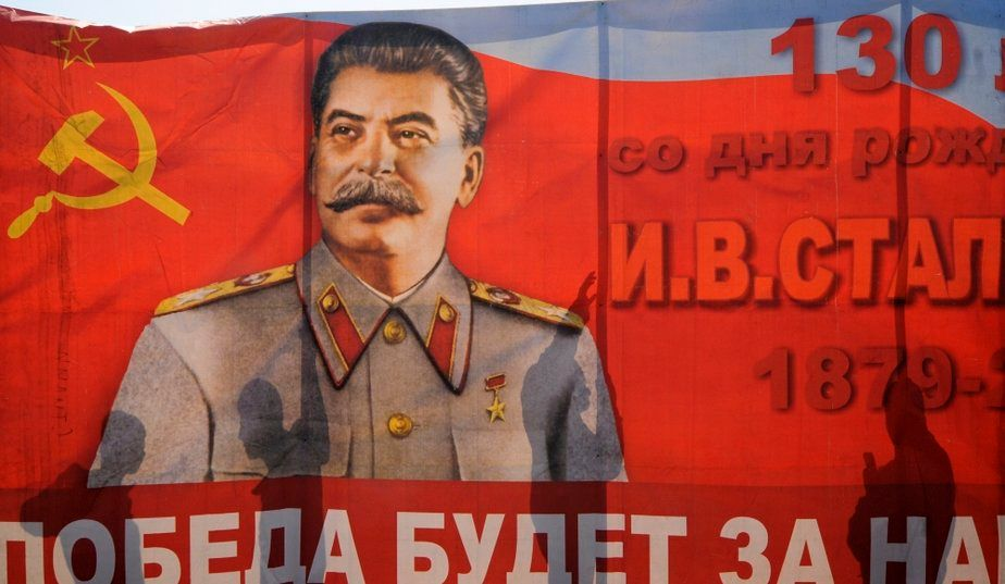 Guerre froide et espionnage naval : la stratégie de Staline