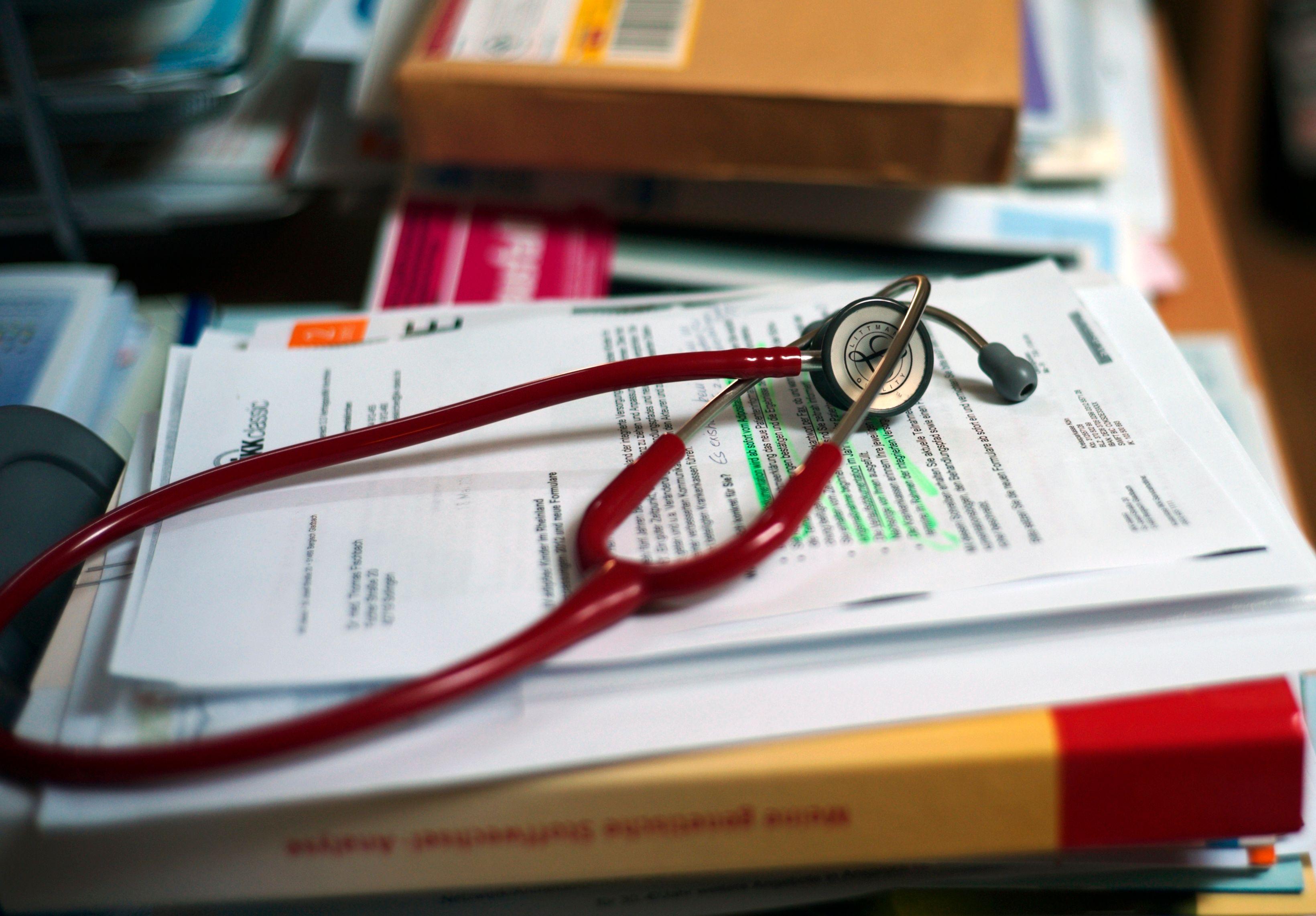 Les médecins sont actuellement en grève et ce, jusqu'à la fin de l'année