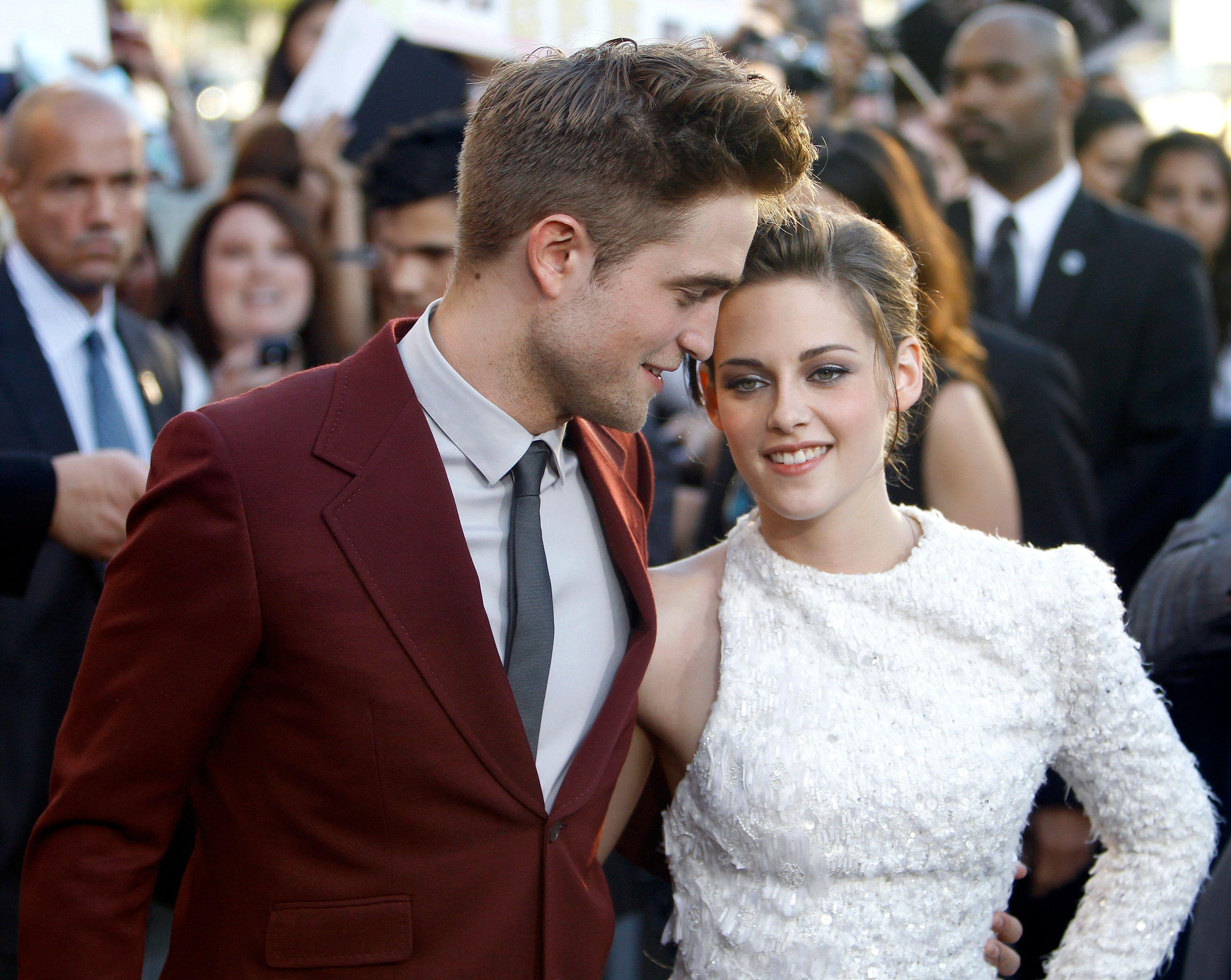 Après le scandale qui a secoué le couple cet été, Kristen Stewart et Robert Pattinson aurait emménagé ensemble.