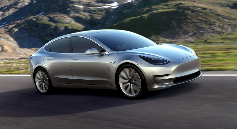 """Les premiers exemplaires du modèle """"3"""" de Tesla livrés"""
