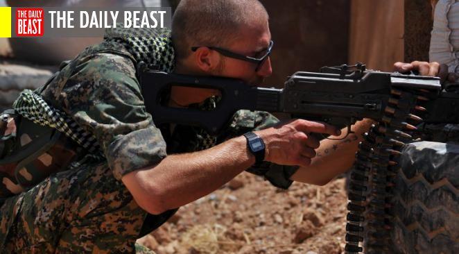 """à, l'allié militaire le plus fiable contre l'EI a été le YPG kurde. Deux officiels de la Défense américaine ont déclaré au Daily Beast que le YPG fera uniquement  partie des troupes qui devront """"isoler"""" Raqqa."""